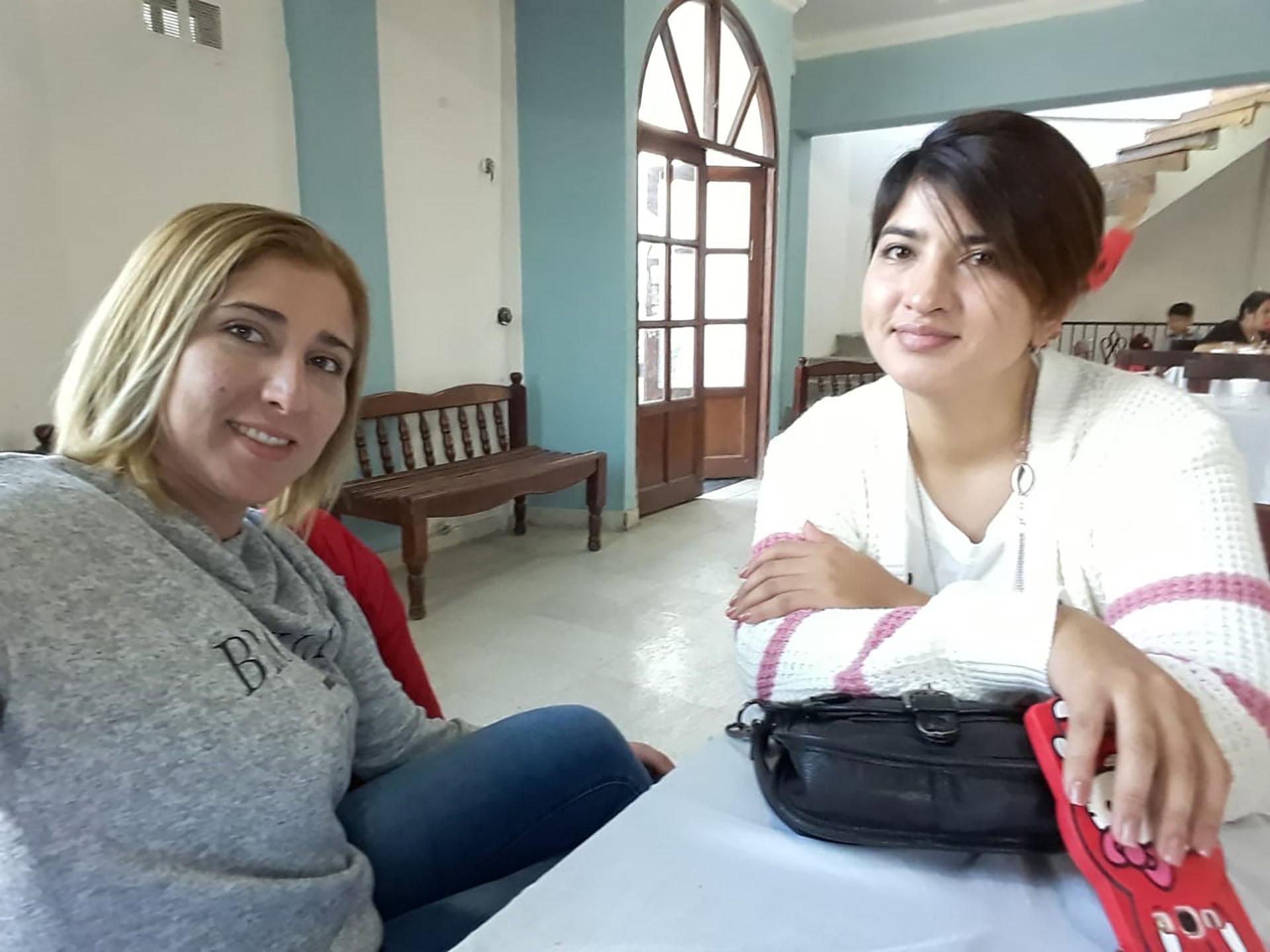 Las hermanas Verónica y Sarahí Carrazco