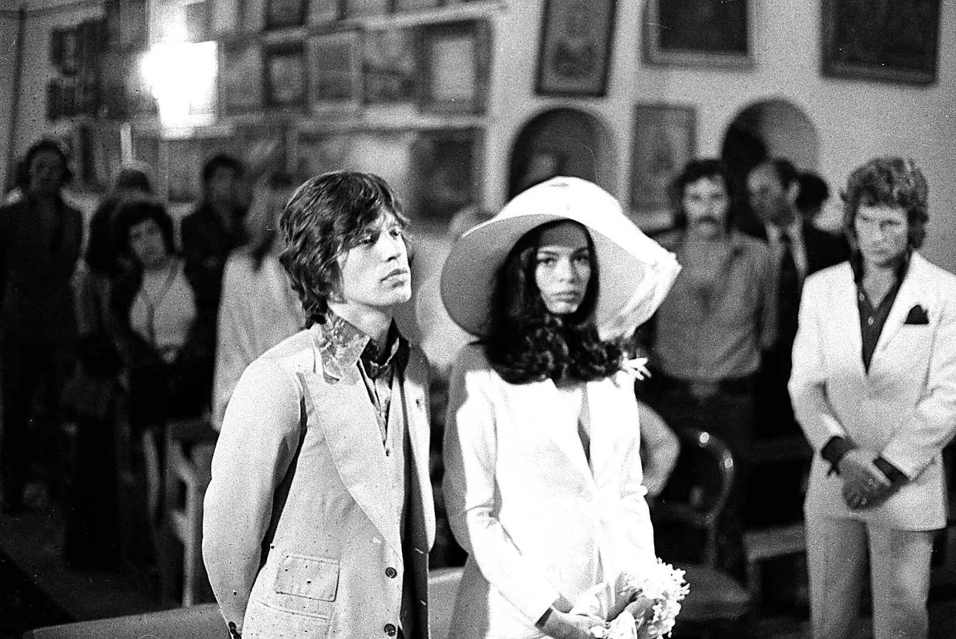 El 12 de mayo de 1971, e líder de los Rolling Stones y su novia, Bianca Pérez Morena de Macías, celebraron su bodaen la capilla Sainte-Anne en Saint Tropez, Francia