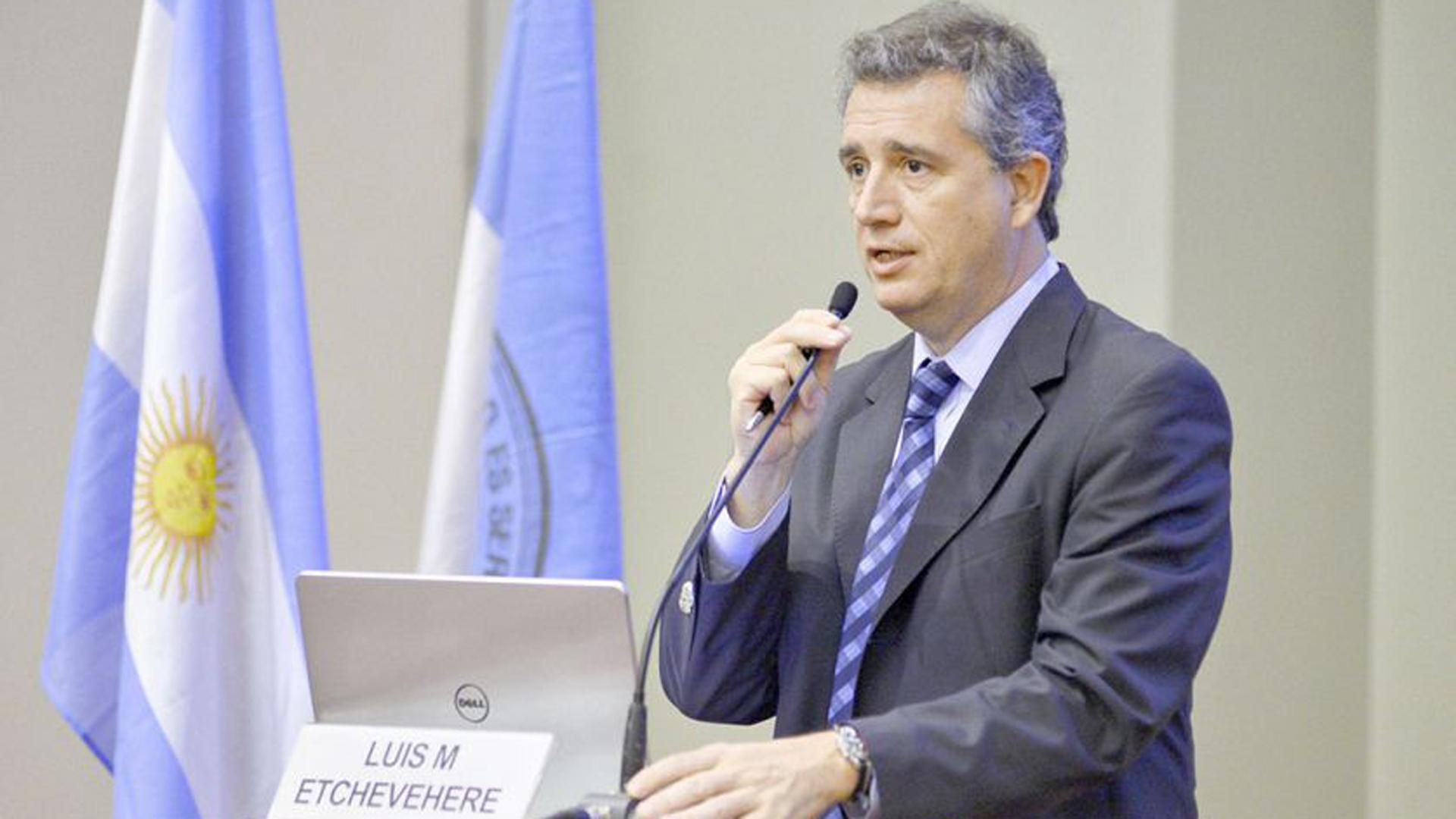 Luis Miguel Etchevehere confirmó el aumento de las retenciones al complejo sojero y también a otros rubros menores