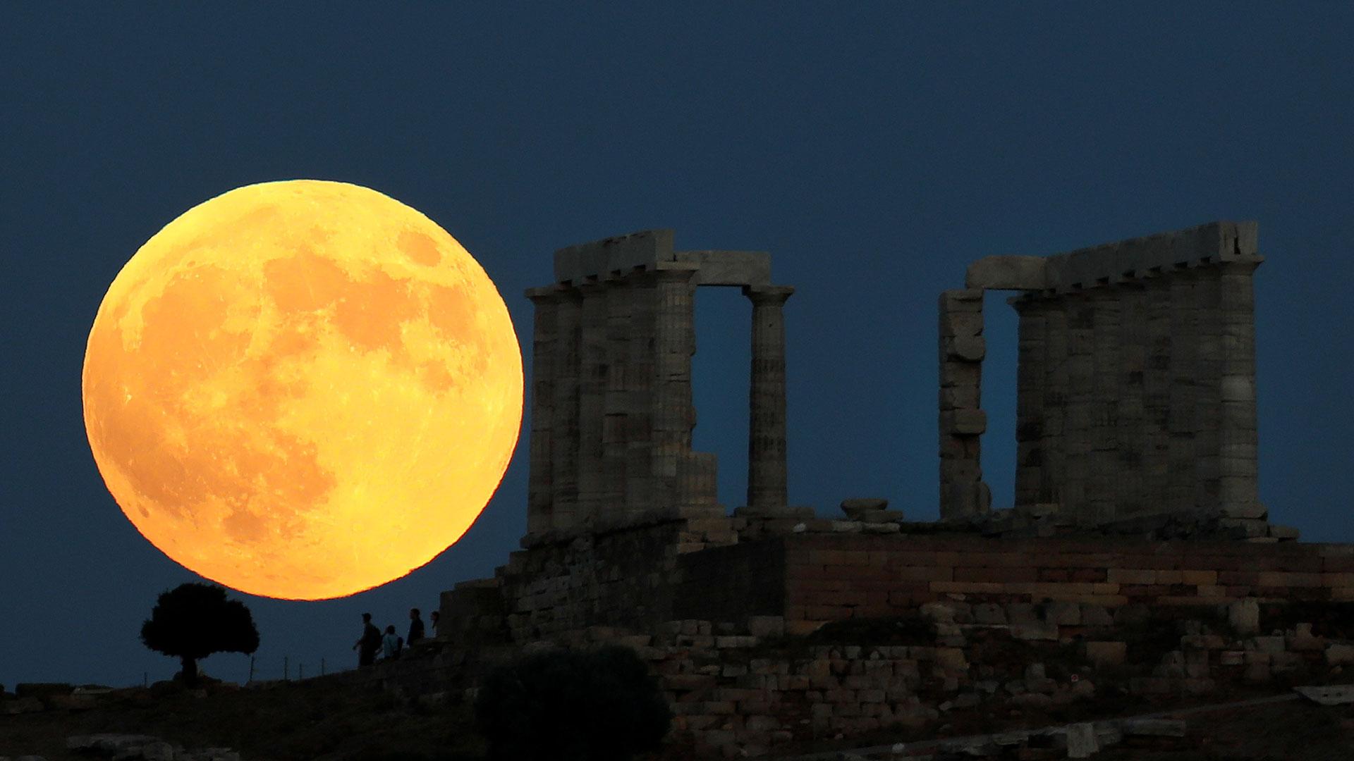 Grecia. El espectáculo podrá observarse a simple vista, sin necesidad de protección, como ocurre con los eclipses de Sol