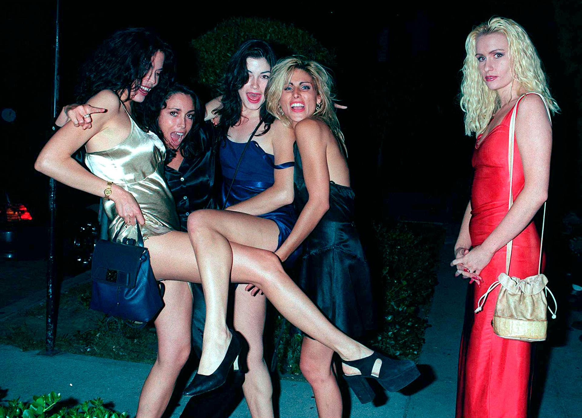 En 1993, Heidi Fleiss fue detenida por dirigir una supuesta red de prostitución para ricos y famosos en Hollywood (Getty)