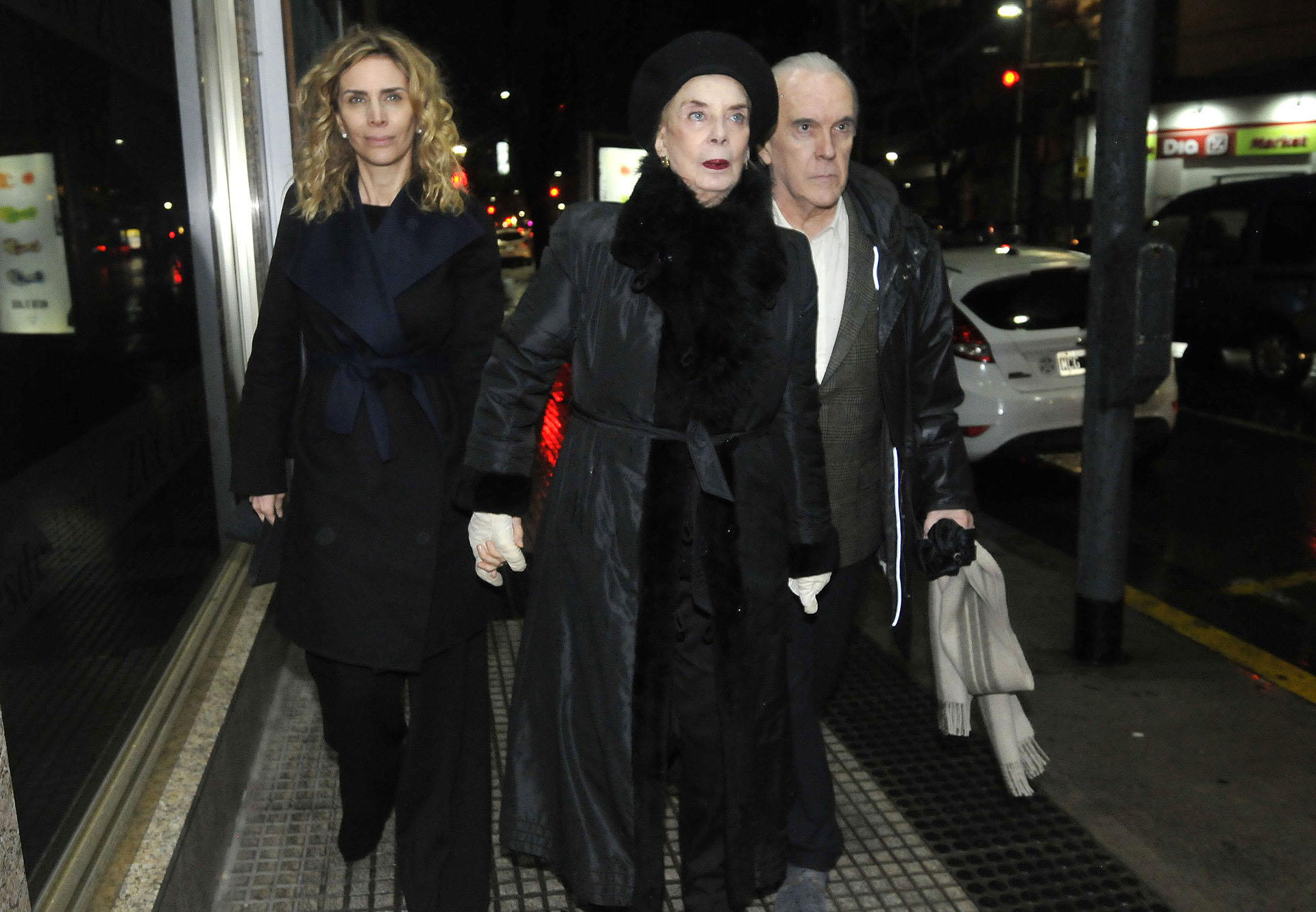 Adriana Salonia, Graciela Dufau y su esposo Hugo Urquijo