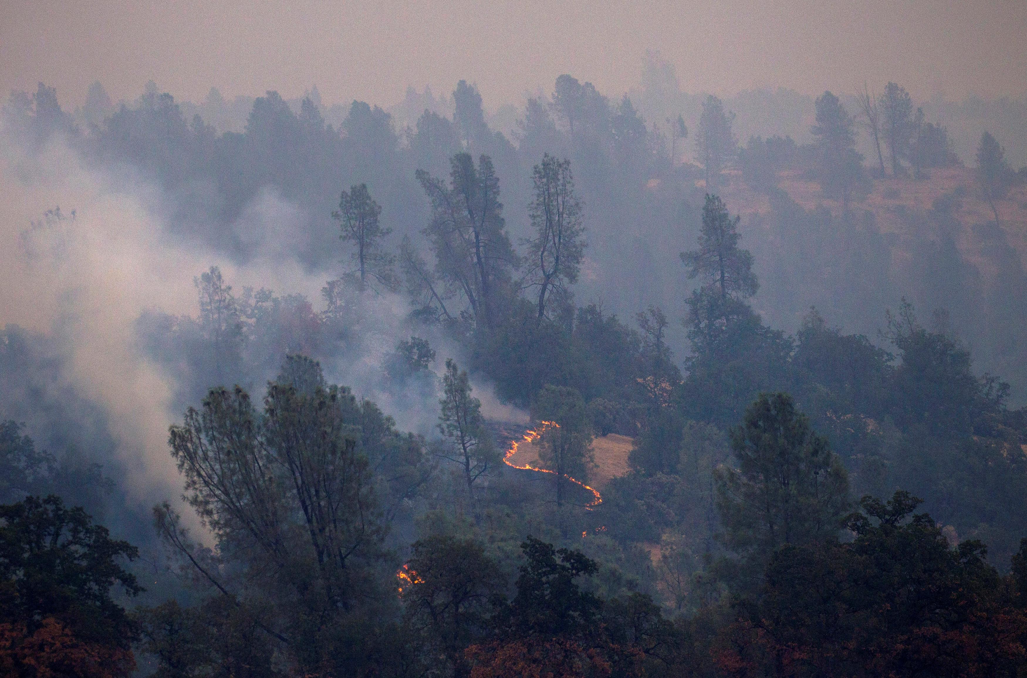 Vista del incendio en Redding (Reuters/ Bob Strong)