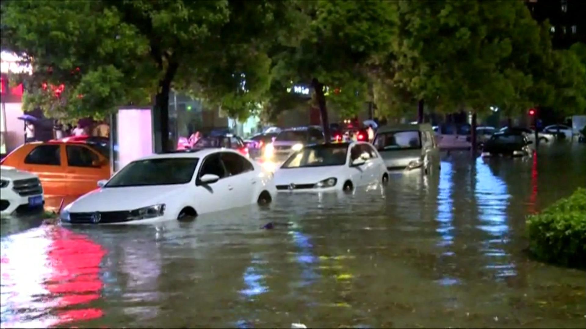 China sufrió fuertes inundaciones entre julio y agosto en varias regiones, duplicando y hasta triplicando los récords vigentes. Al menos 66 personas murieron