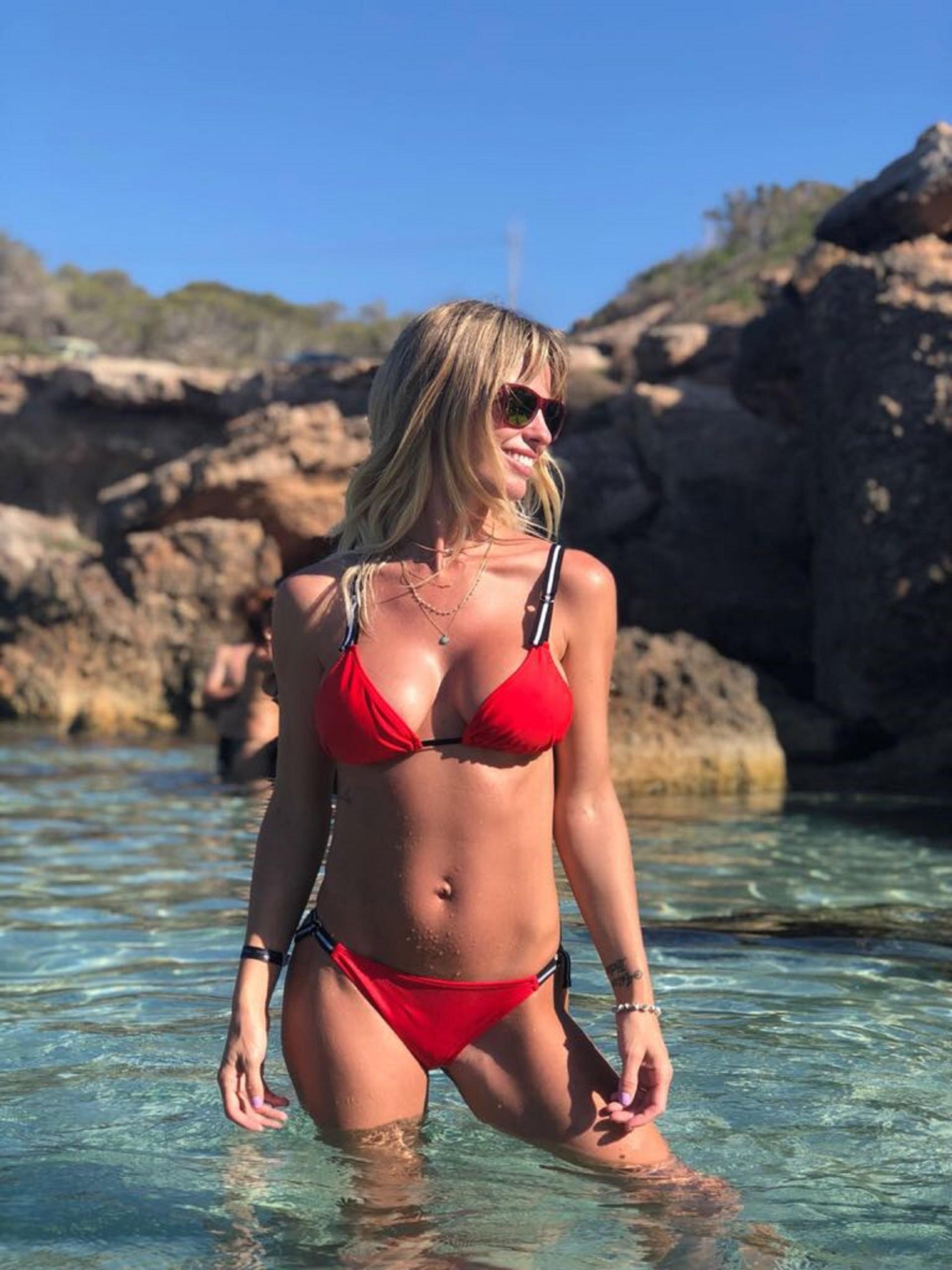 Rocío Guirao Díaz lanzó una colección cápsula de bikinis y mallas enterizas para la marca Élida