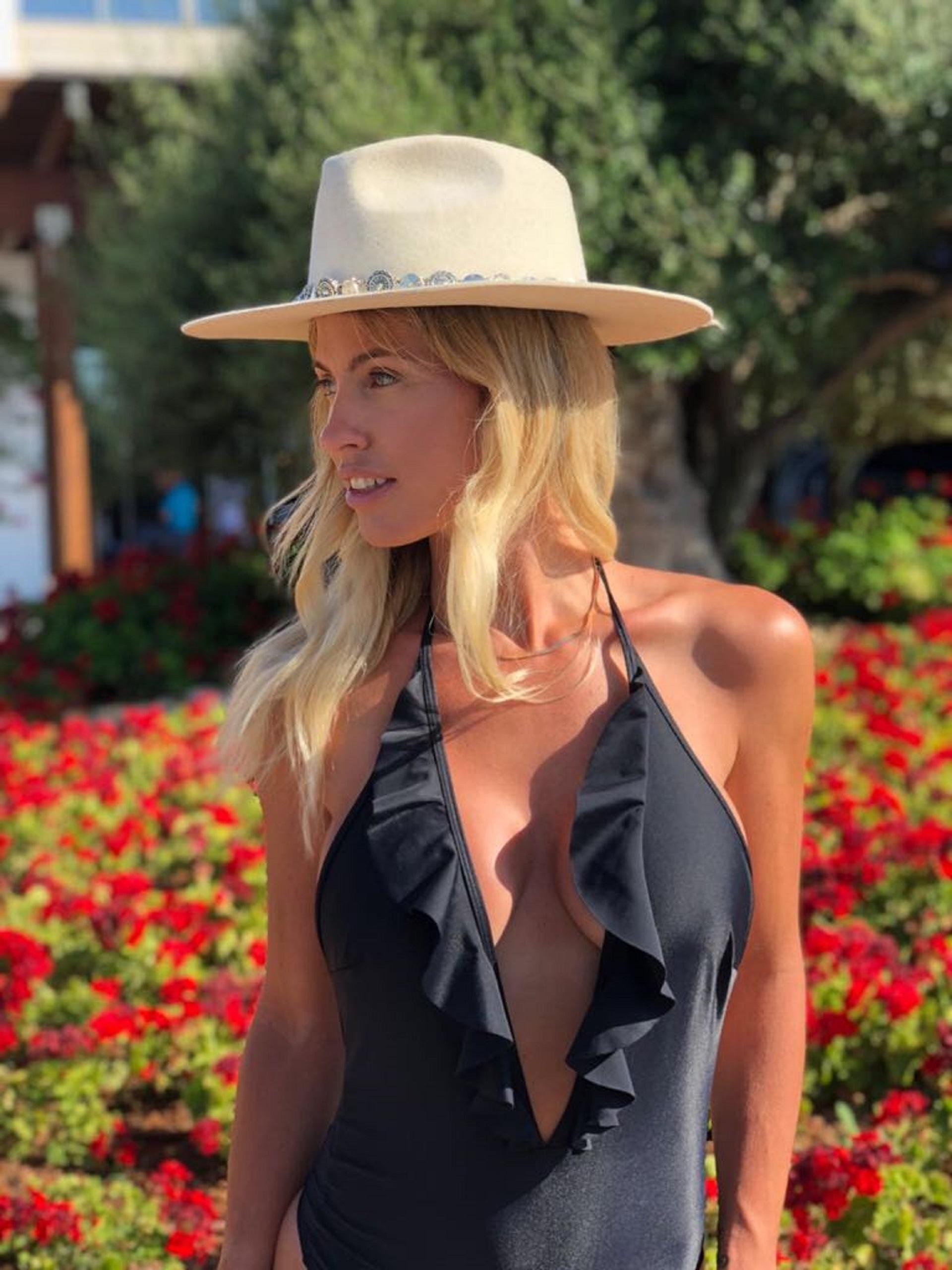 Al igual que muchas celebrities, Rocío y Nicolás eligieron Ibiza para viajar con sus hijos durante el receso escolar