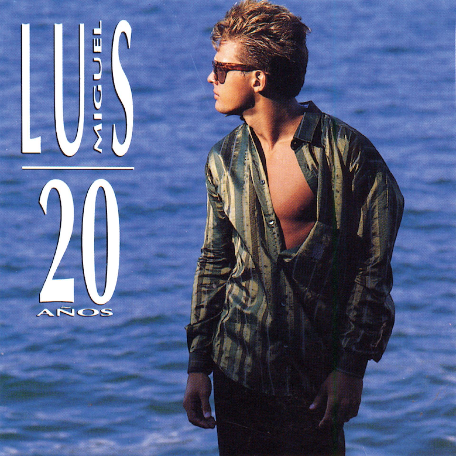 """A inicios de los 90, su disco """"20 años"""" se vende en tan sólo una semana más de 600 mil copias"""