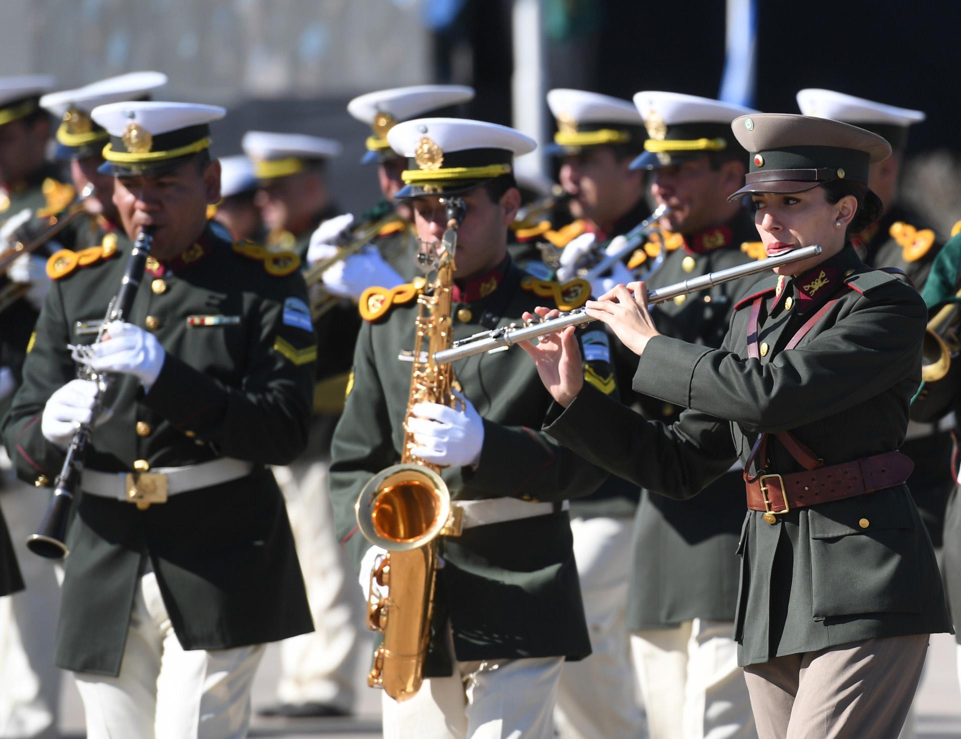 La Gendarmería tiene la misión de satisfacer necesidades de seguridad interior, de la Defensa Nacional, y apoyar la política exterior de la Nación