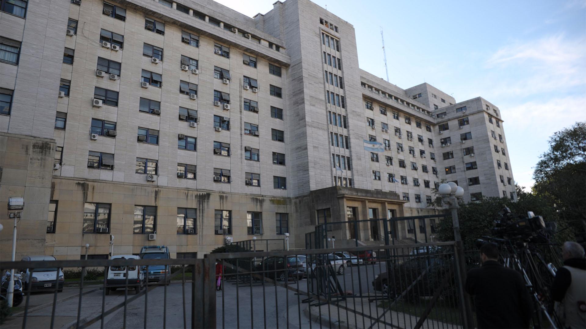 Tribunales de Comodoro Py (Manuel Cortina)