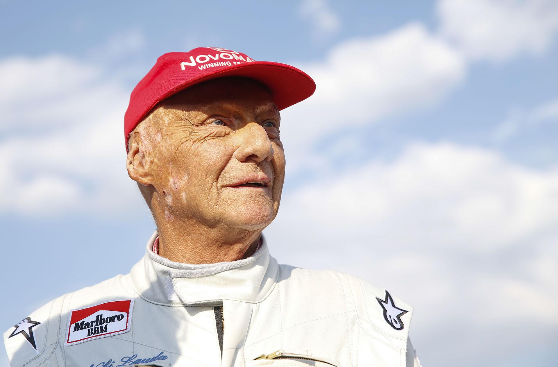 Niki Lauda, tres veces campeón de la Fórmula 1, falleció a los 70 años (AFP)