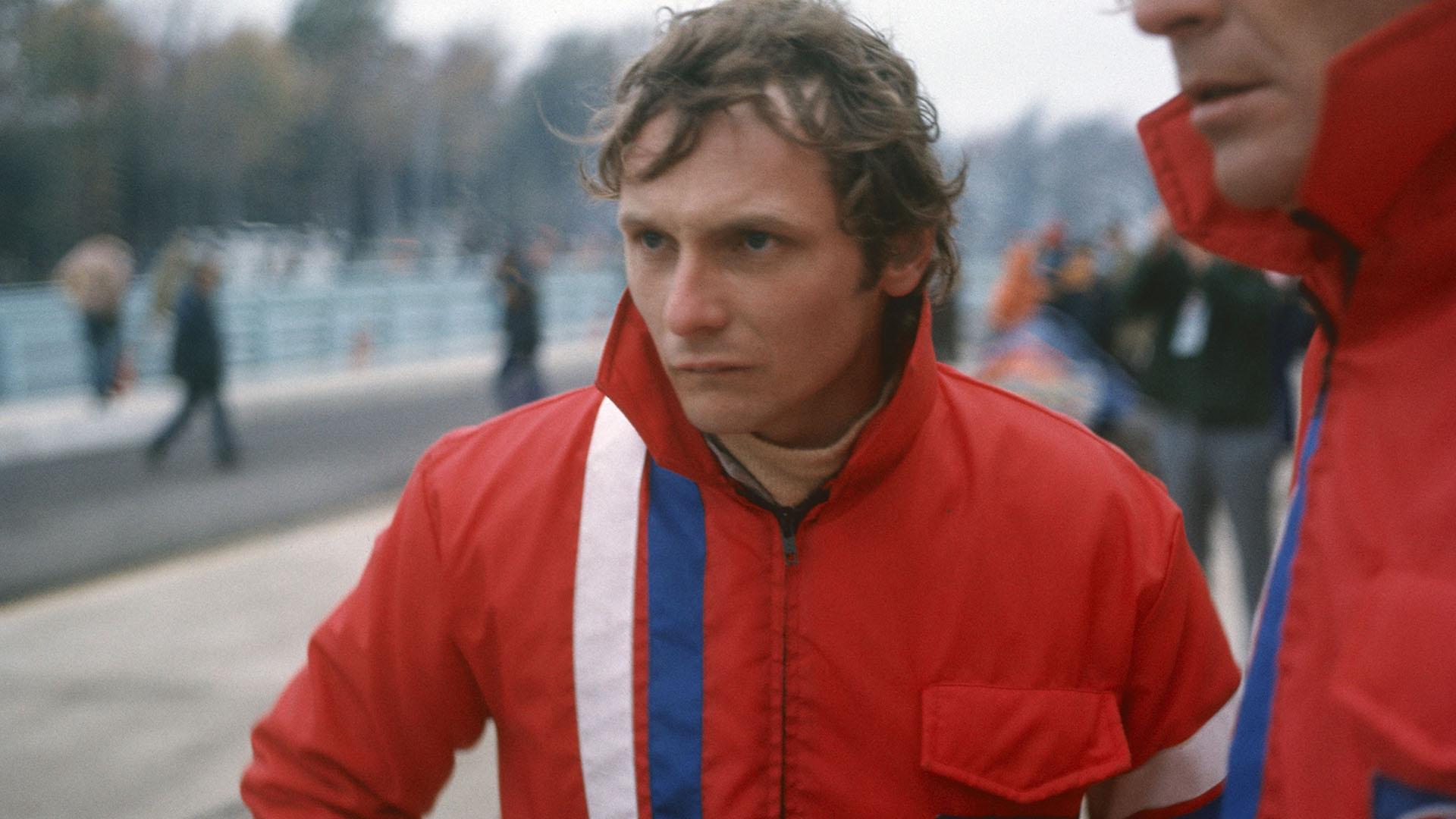 Una imagen antes del accidente sufrido en Nürburgring en 1976