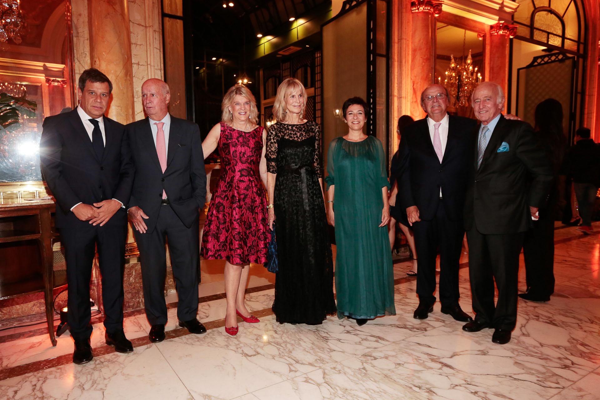 Facundo Manes, Carlos Fontán Balestra, Eva Soldati, Pompi Chopitea, Josefina Manes, José Ignacio De Mendiguren y Santiago Soldati