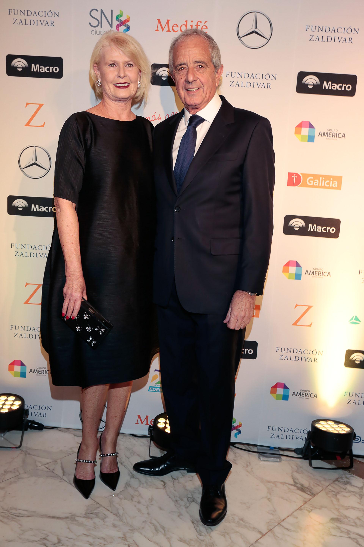 El presidente de River Plate, Rodolfo D'Onofrio, y su mujer Estela