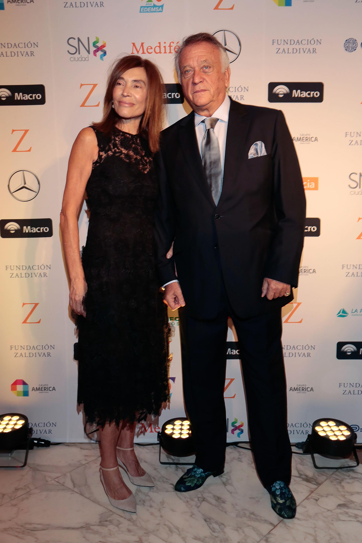 Estela Zaldivar y Roberto Devorik