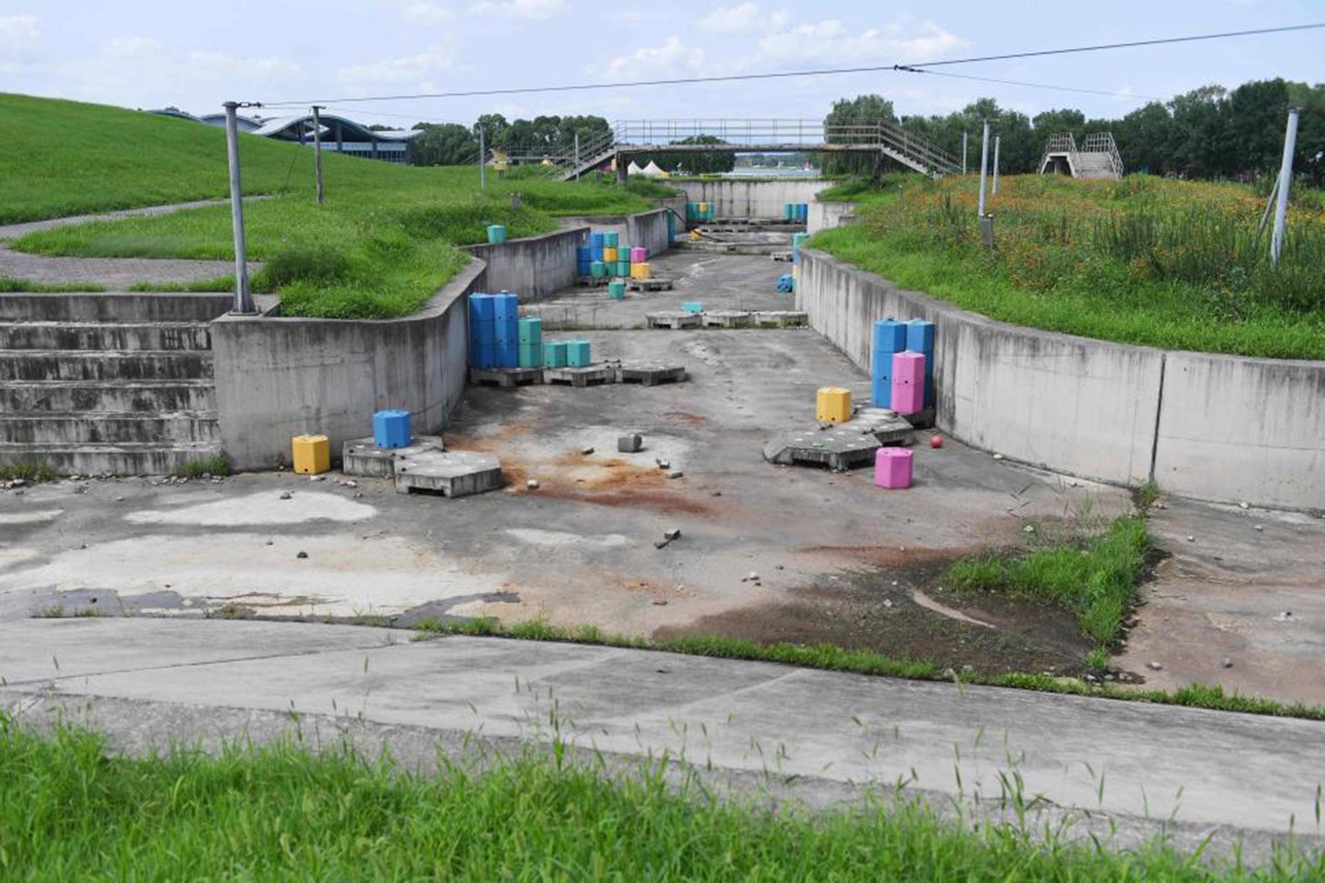 Y gran parte de las instalaciones están completamente abandonadas