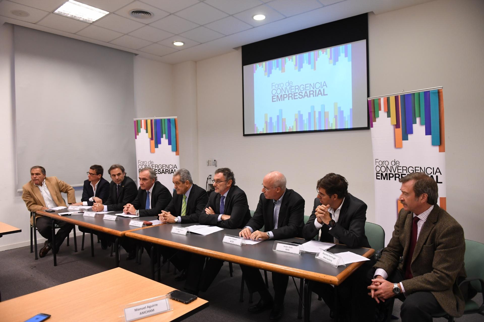 La conferencia de prensa del Foro de Convergencia Empresarial (Maximiliano Luna)