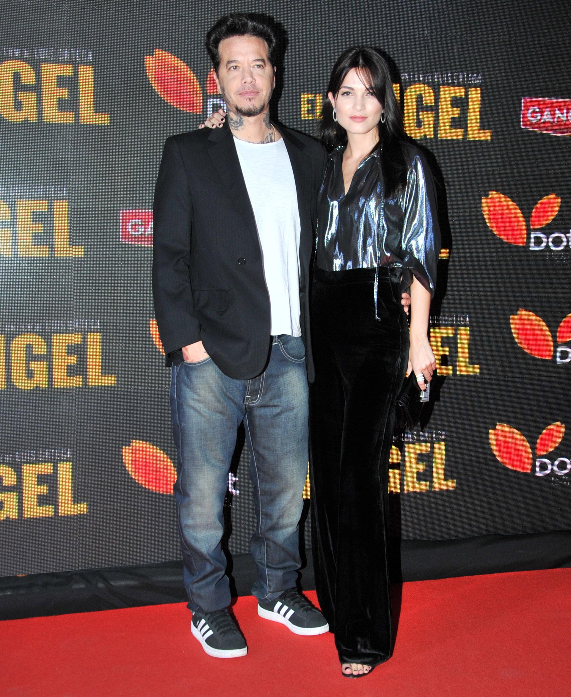 Sebastián Ortega y su novia Carla Moure
