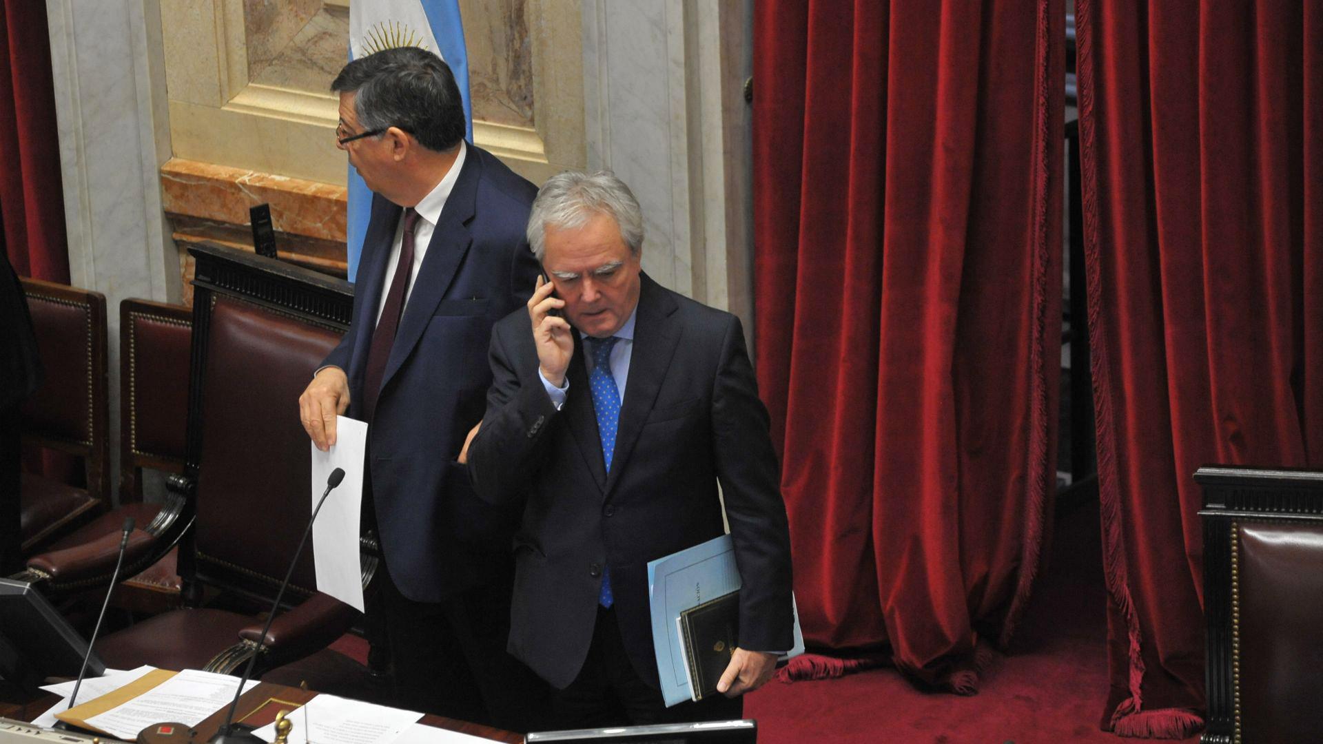 El senador Federico Pinedo en el inicio de la sesión