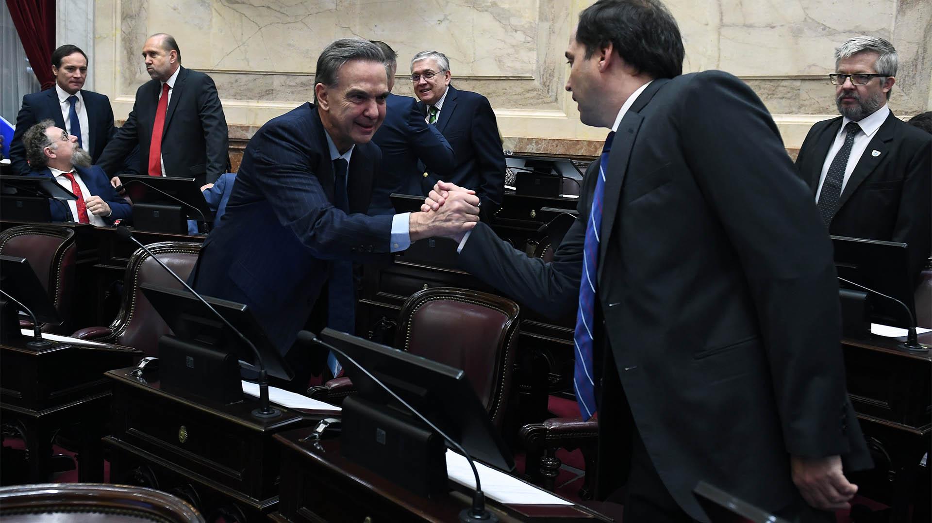 El senadores peronistas Miguel Pichetto y Dalmacio Mera