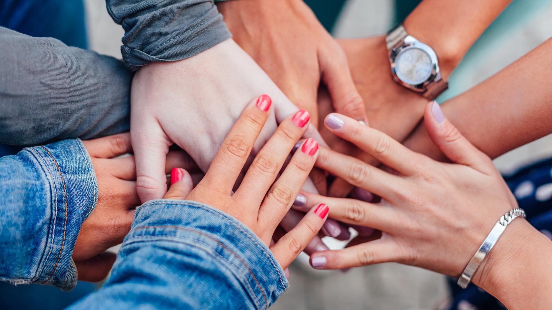 Los inspiradores videos buscarán promover el empoderamiento de las niñas (Getty Images)