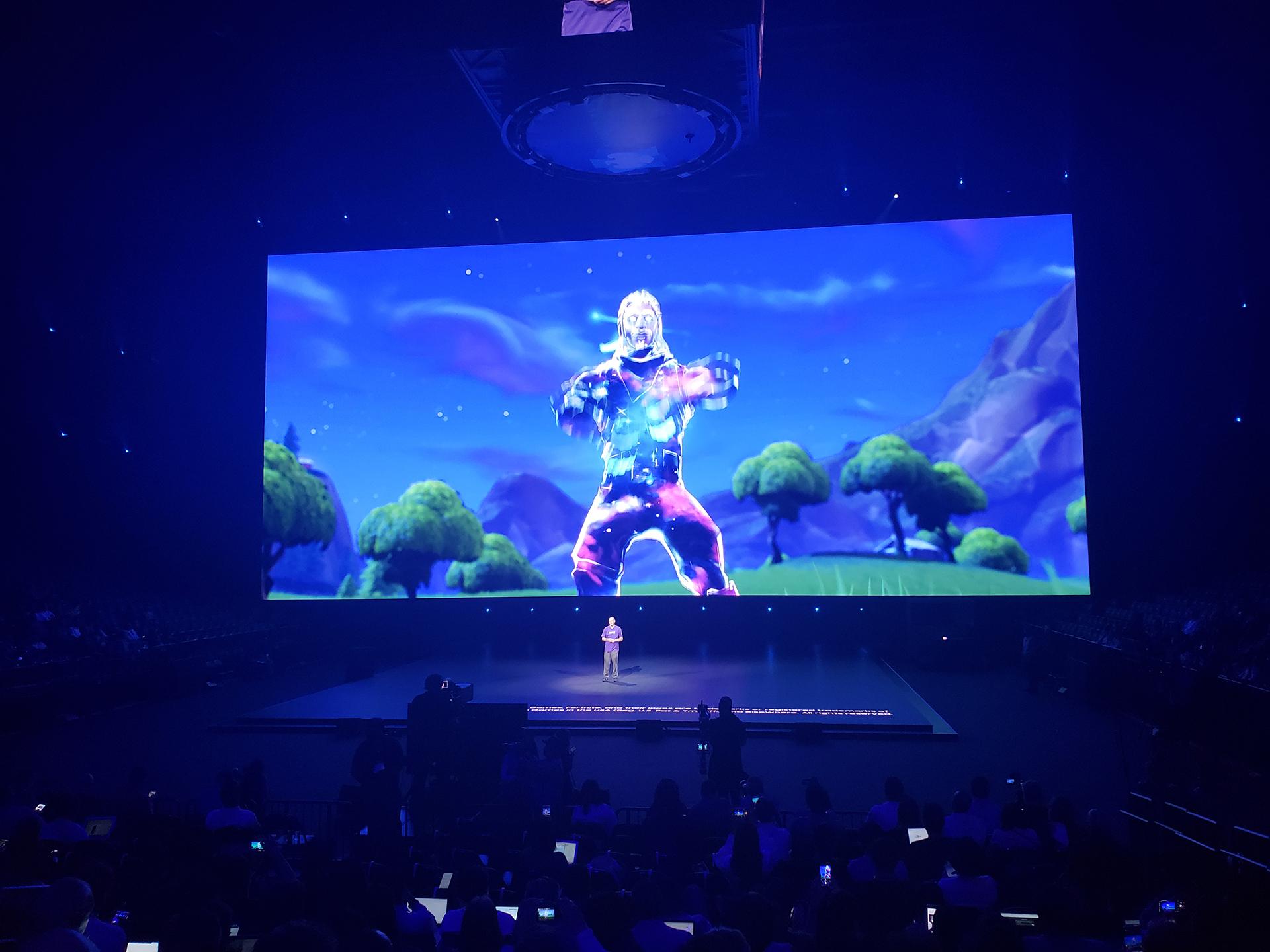 El móvil incluye el videojuego Fortnite.