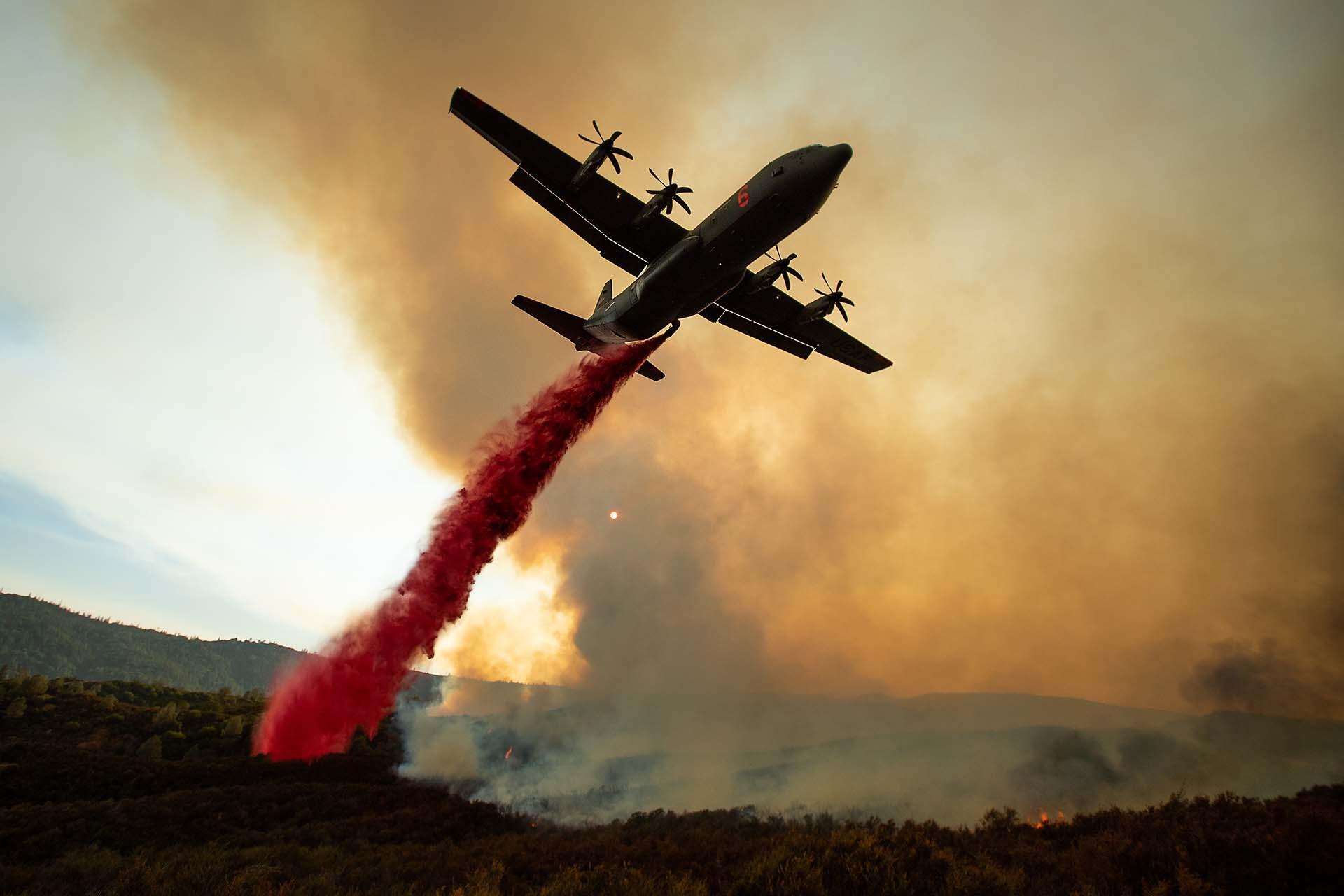 Los incendios de gravedad en California son cada vez más frecuentes y violentos, tal y como demuestra que, de acuerdo el registro oficial que se remonta hasta 1932, cuatro de los cinco fuegos más destructivos de la historia del estado se han dado en los últimos seis años