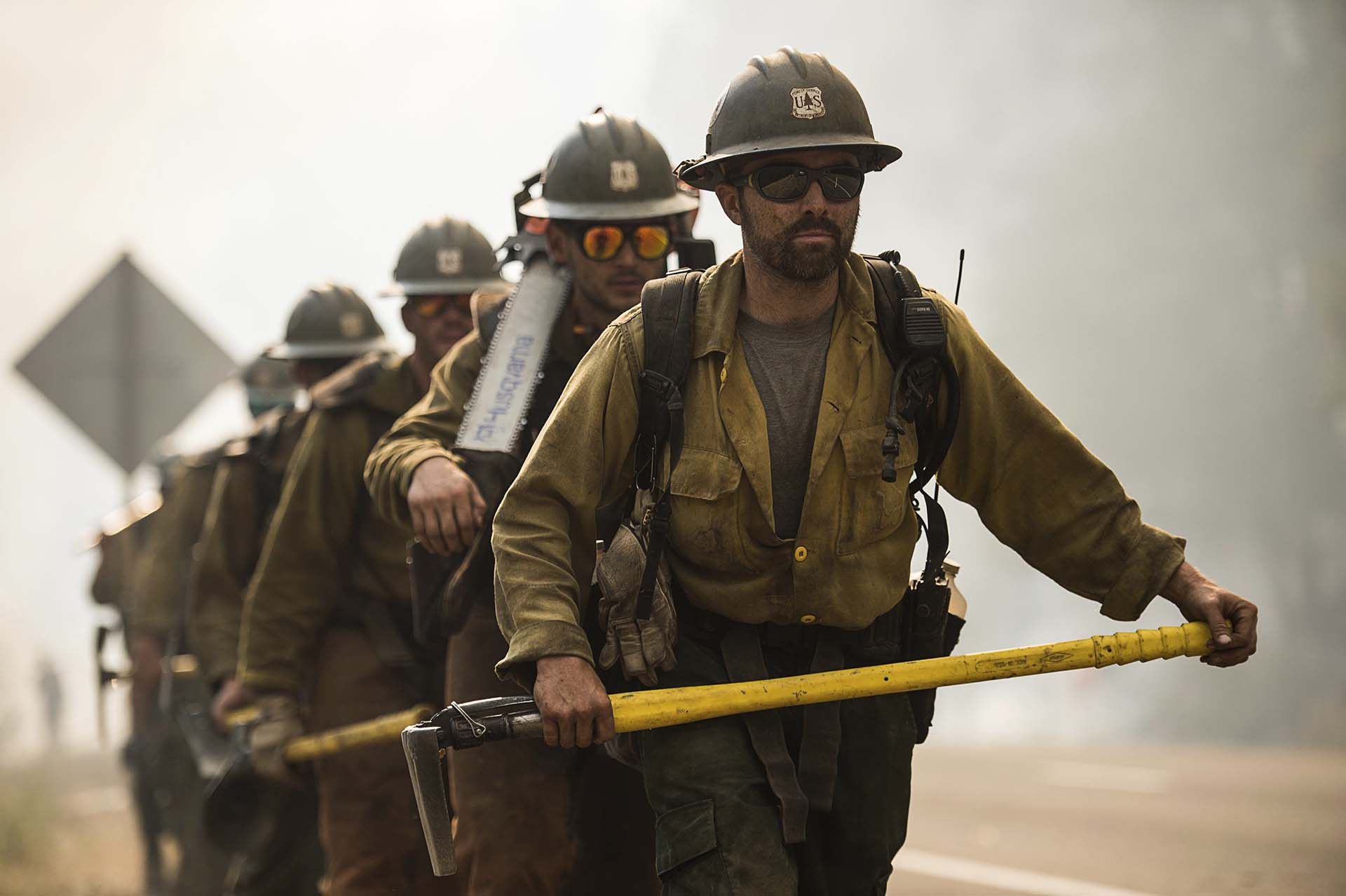Aunque previamente había considerado que el incendio se podría controlar por completo hacia el 15 de agosto, Cal Fire retrasó hoy su estimación y situó en el 1 de septiembre la fecha en la que prevé que concluyan las labores de extinción