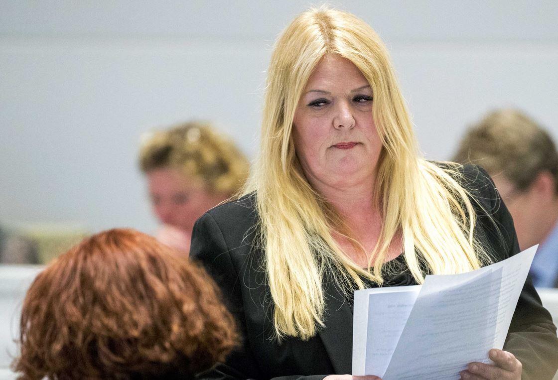 Willie Dille, concejal en La Haya, se quitó la vida el pasado miércoles tras denunciar que había sido violada por una banda de musulmanes