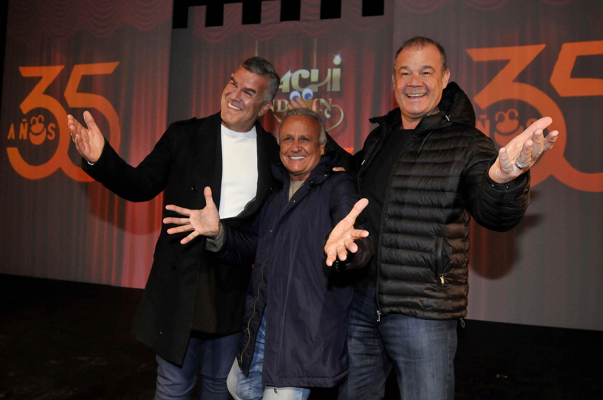 """Los Midachi regresaron a la calle Corrientes para festejar sus 35 años. Los humoristas están encabezando el espectáculo """"Midachi Kindom"""" en el teatro Lola Membrives (Teleshow)"""