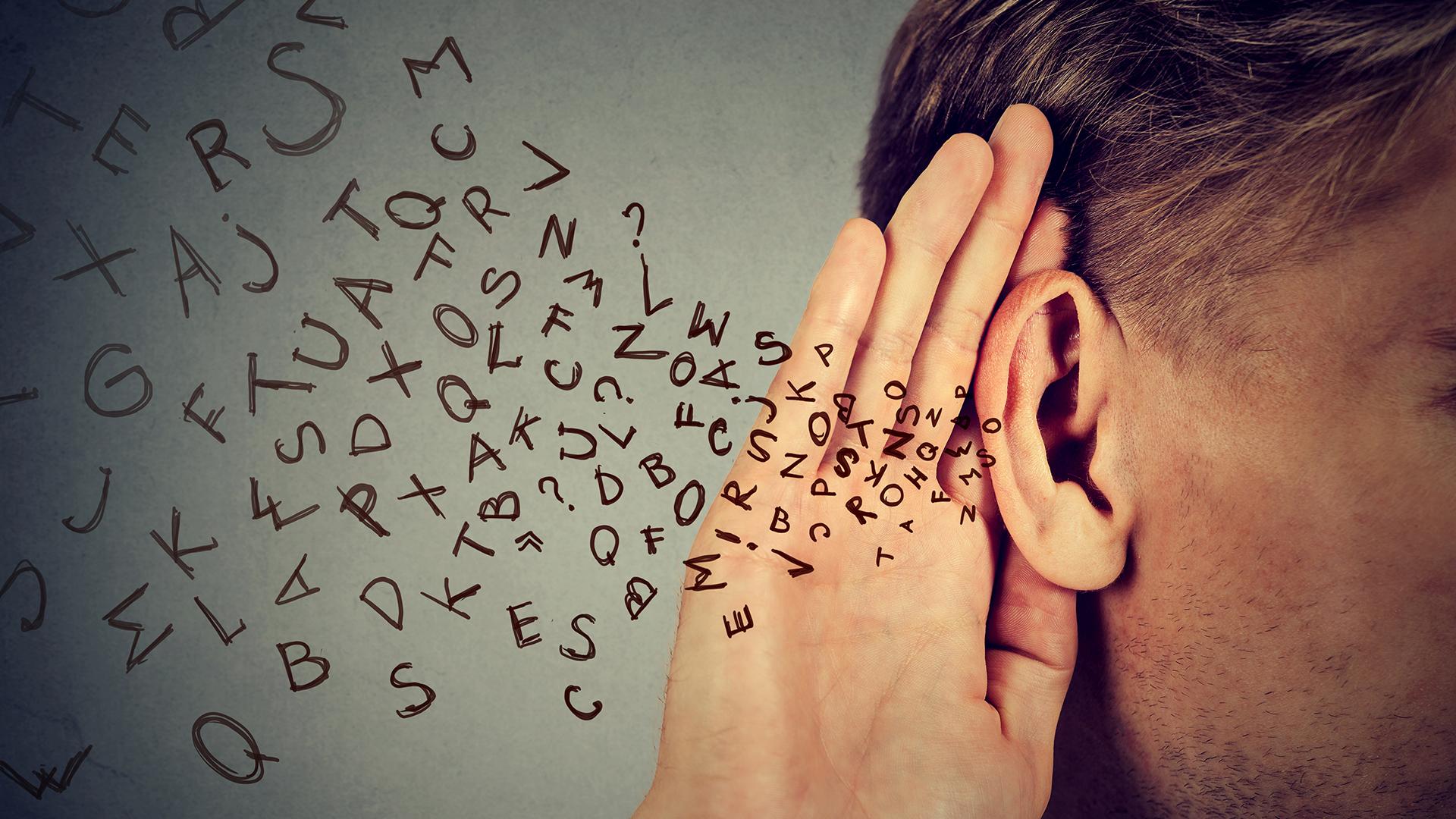 El dispositivo podría reemplazar el implante en algunos pacientes con audición normal en un oído (Getty)