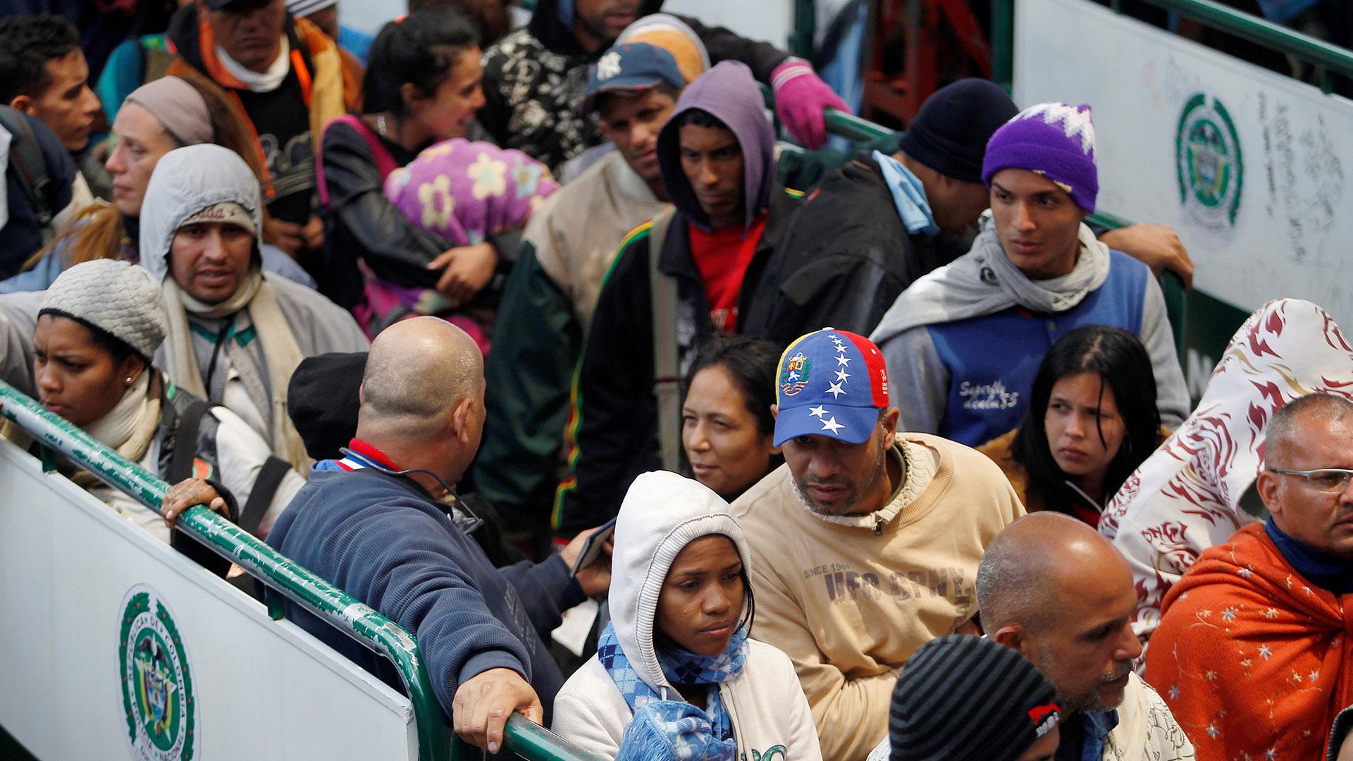 Venezolanos emigrando a Ecuador (Reuters)
