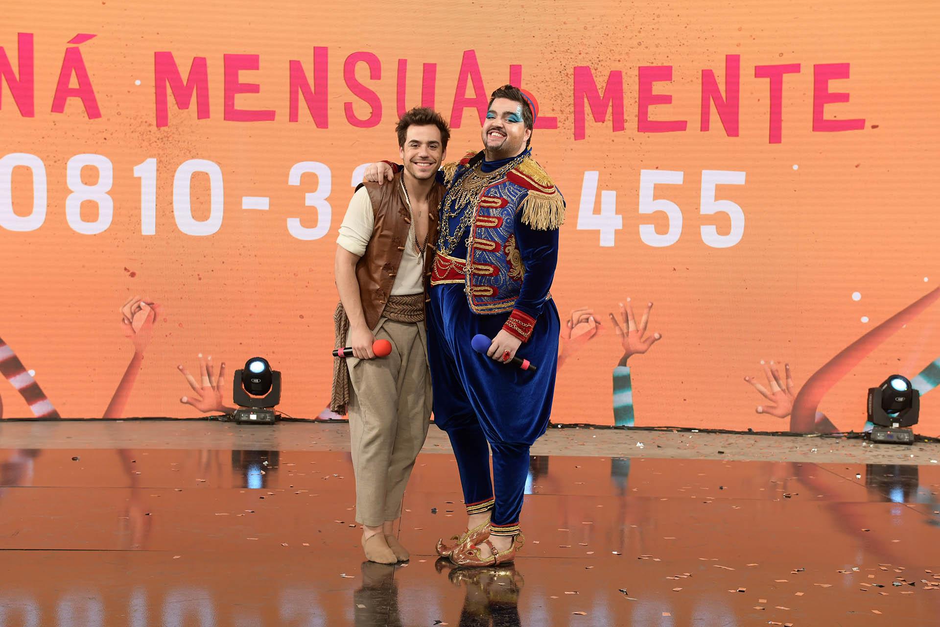 """El evento, a beneficio de UNICEF, se llevó a cabo en el predio de Tecnópolis. En la imagen, Fernando Dente y Darío Barassi, del elenco de """"Aladín"""""""