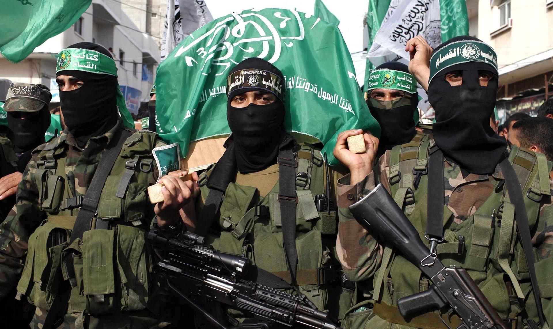 """Los terroristas de Hamas amenazaron con """"limpiar"""" a los prisioneros  israelíes si se repiten operaciones militares en la Franja de Gaza - Infobae"""
