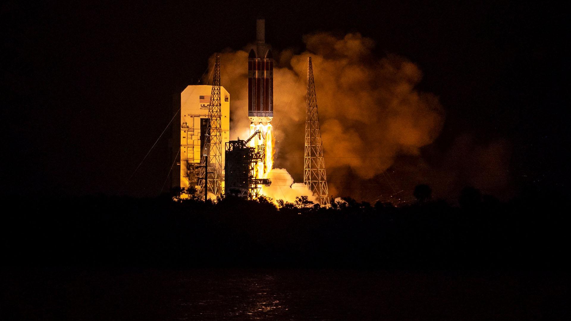 La sonda, de dimensiones pequeñas (65 kilos y 3 metros de altura), llegará a una distancia de 6 millones de kilómetros del Sol, lo que equivale a 4 centímetros de él si la Tierra estuviera a un metro del Sol