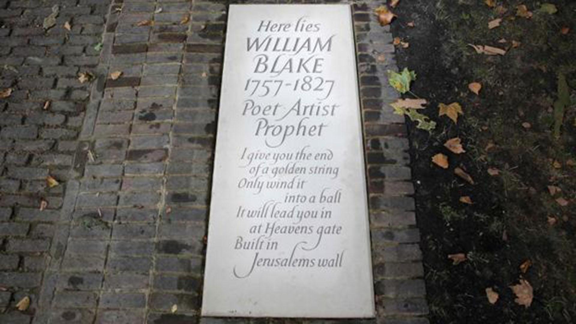 La Blake Society realizó una recaudación de fondos y logró alcanzar USD 38 mil, que sirvieron para financiar una lápida