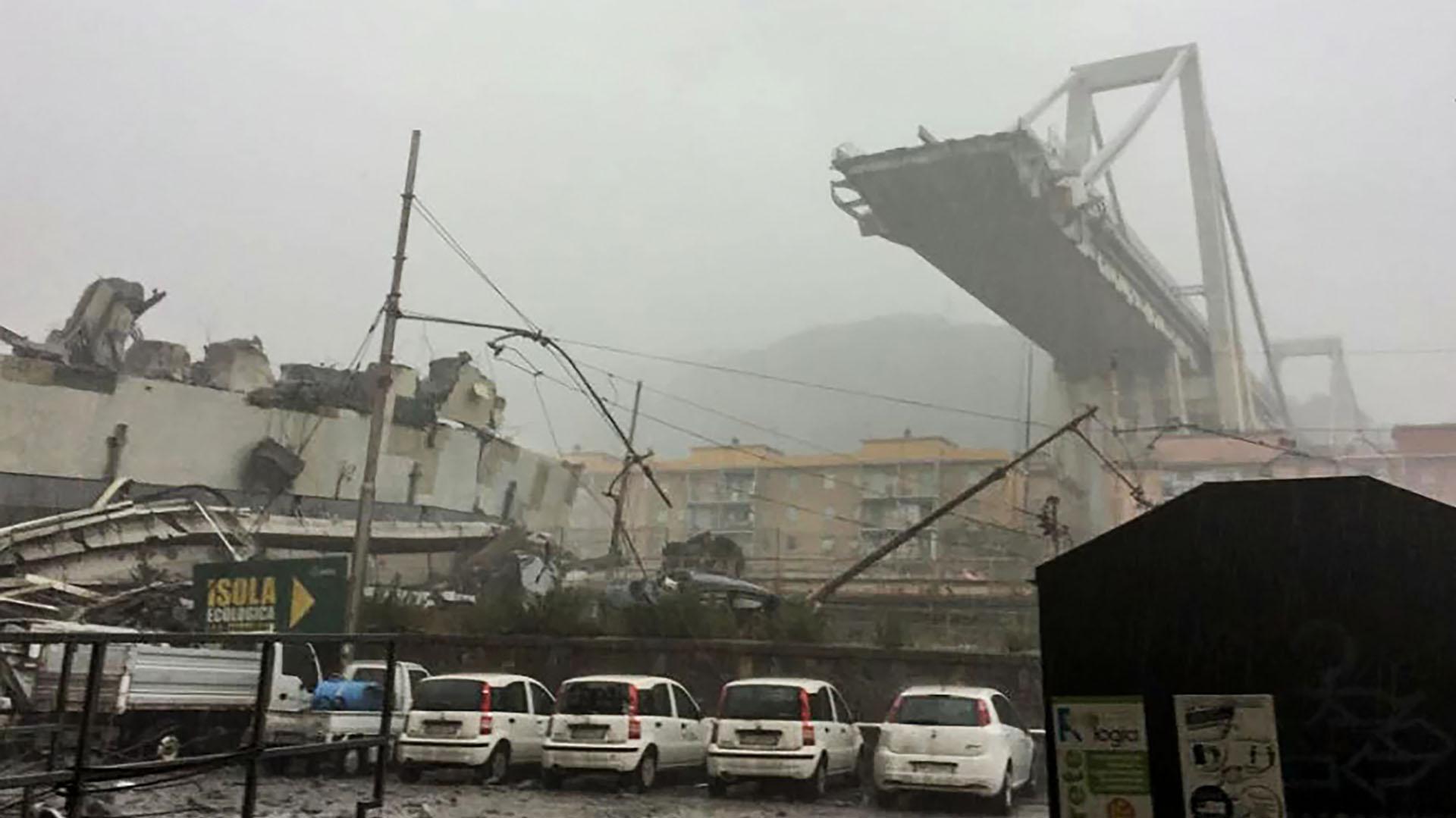 Así quedó el puente (AFP)