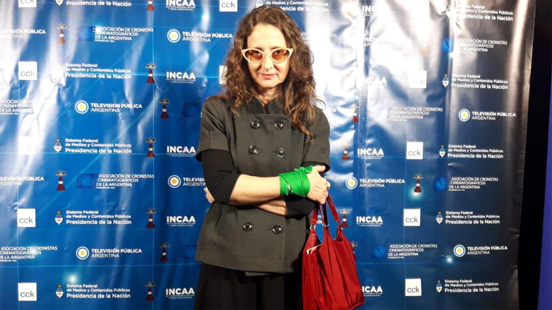 """Lucrecia Martel se ganó la estuilla de Oro por """"Zama"""". Y se impuso en las ternas: Guión adaptado, Fotografía, Sonido, Diseño de vestuario, Diseño de arte, y Maquillaje y peluquería (@El_LadoG)"""