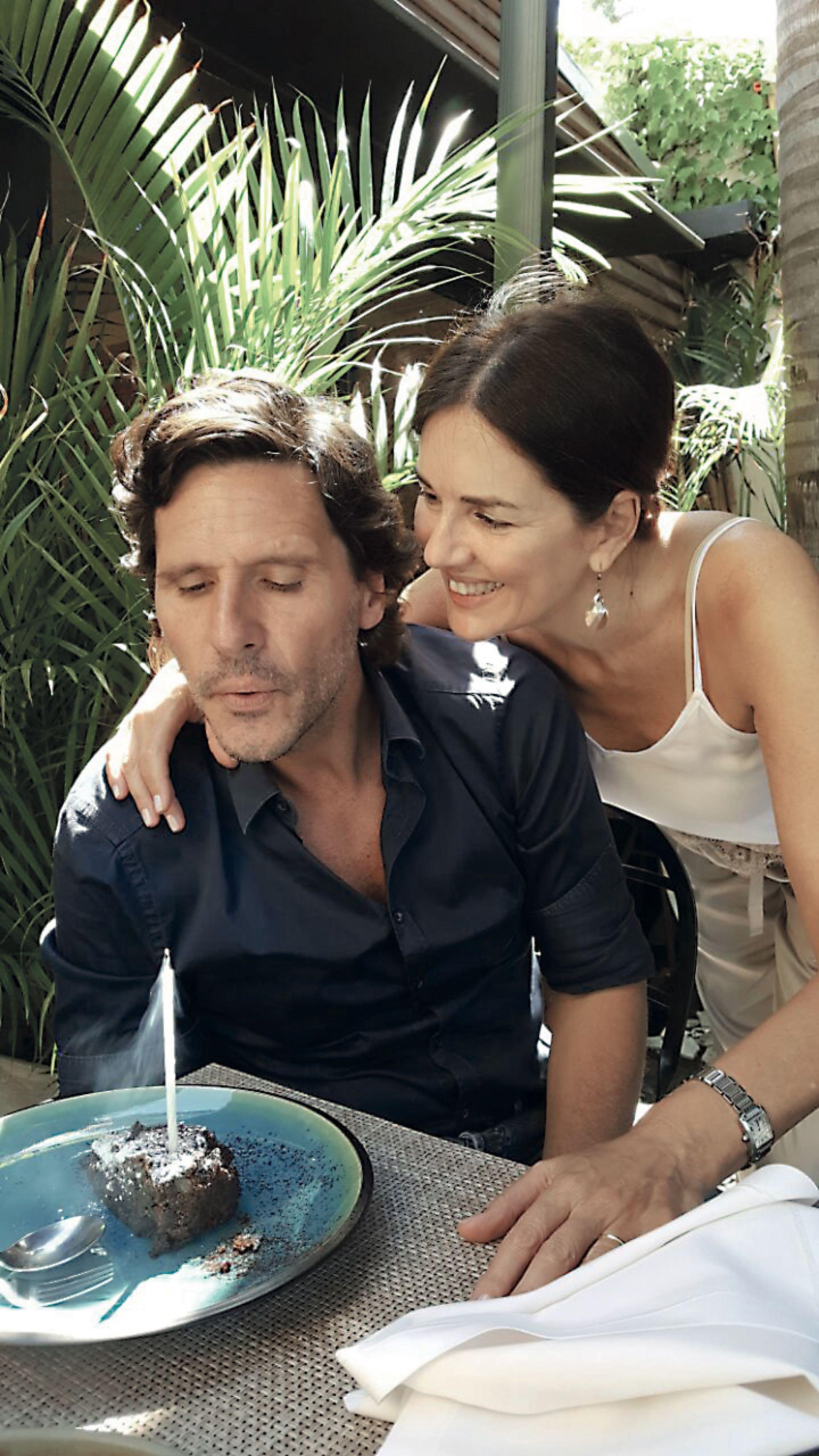 Con su marido LucasBocchino.