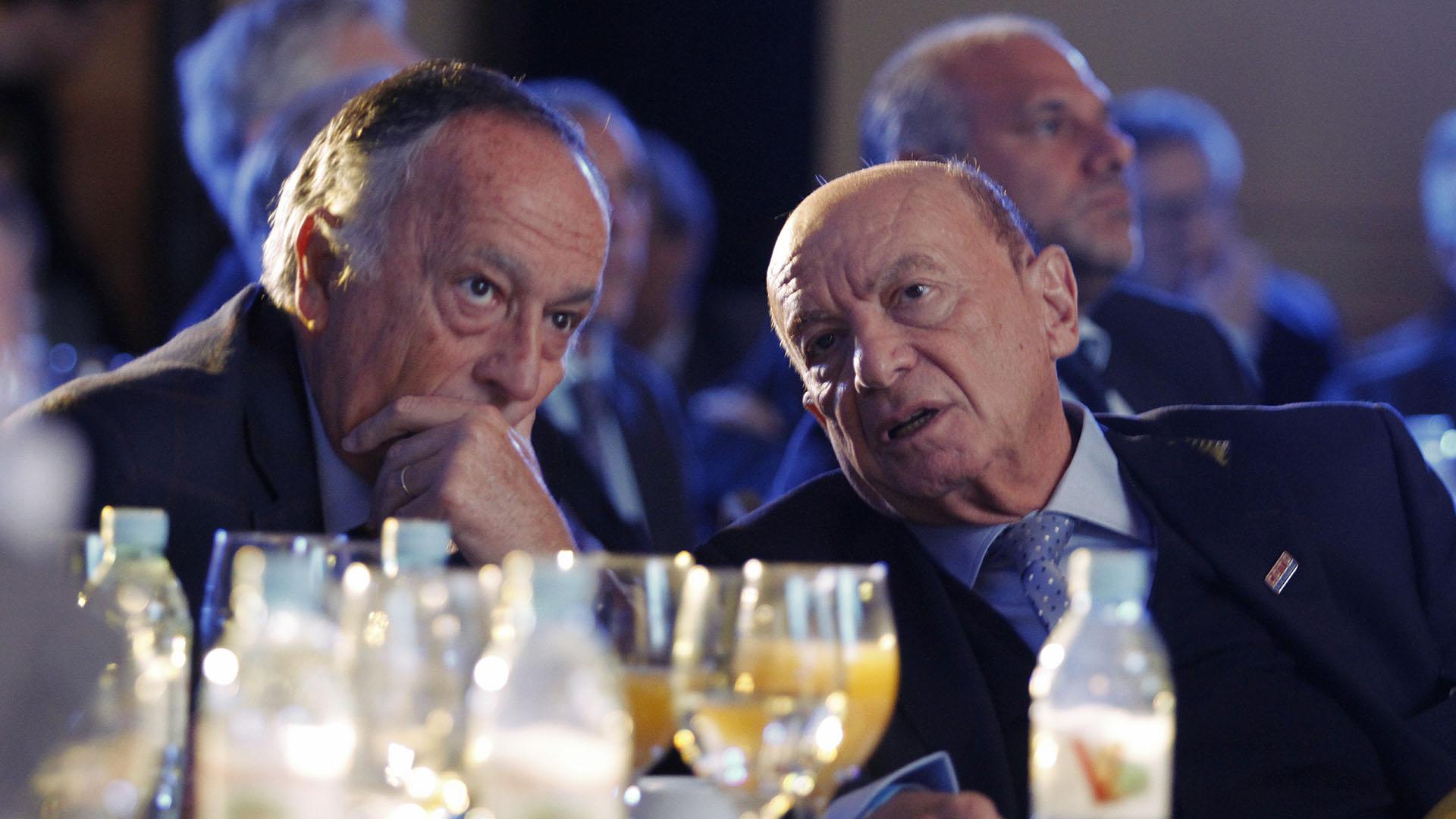 Miguel Acevedo, titular de la Unión Industrial Argentina (UIA), y Alfredo Coto, dueño de la cadena de supermercados