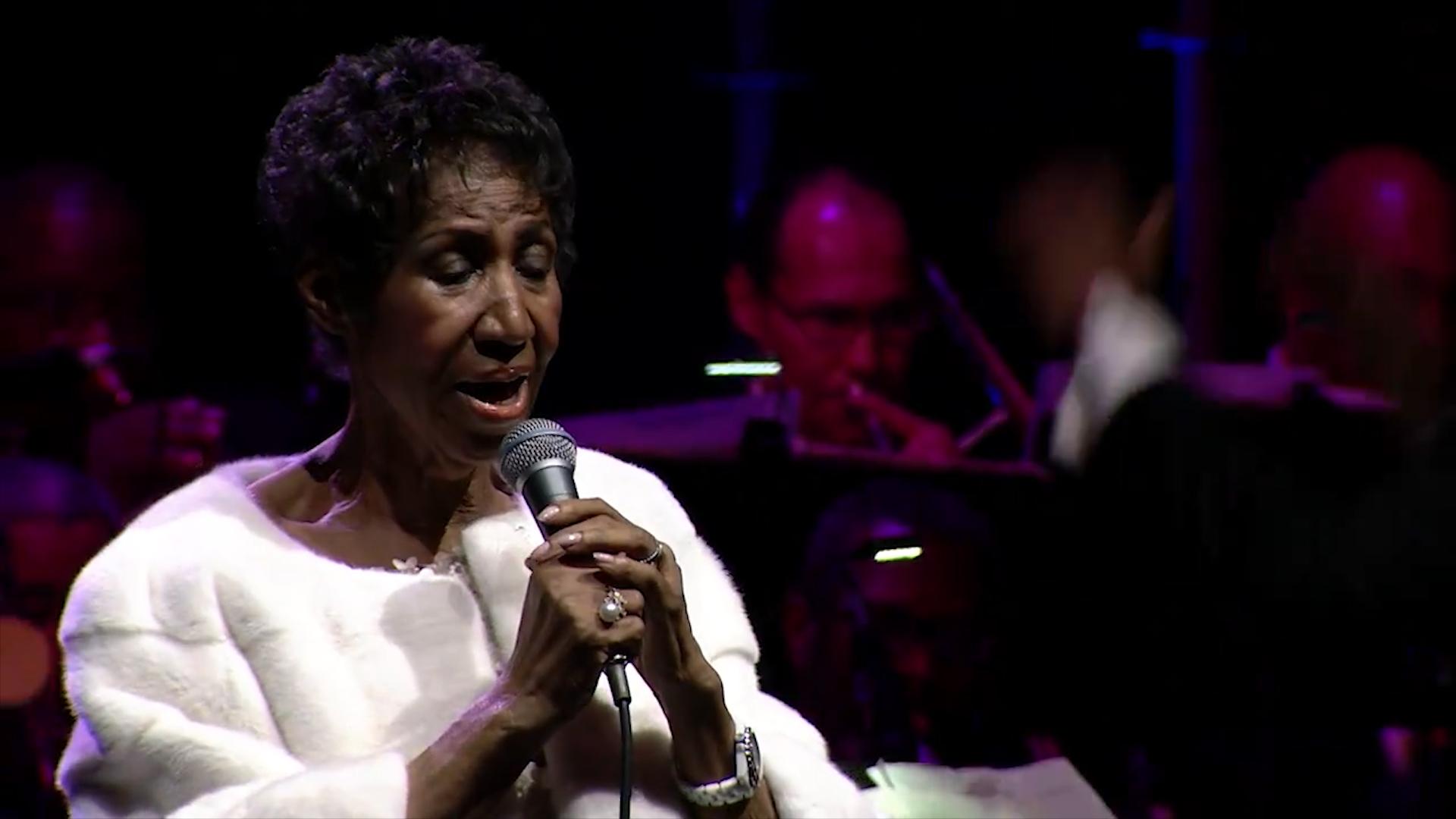 El Conmovedor Esfuerzo De Aretha Franklin Por Cantar En Su
