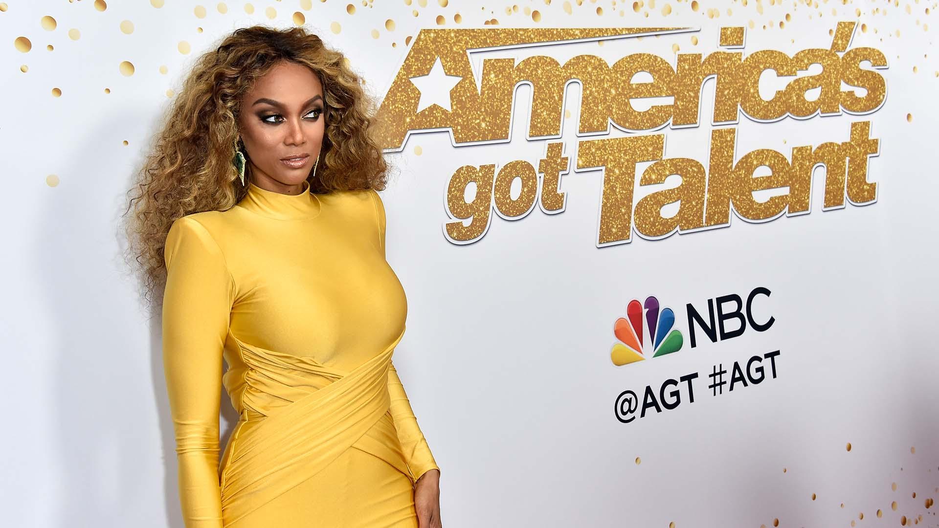 "Tyra Banks, otra súper modelo que cautivó a su paso por la alfombra roja de ""America's got talent"""