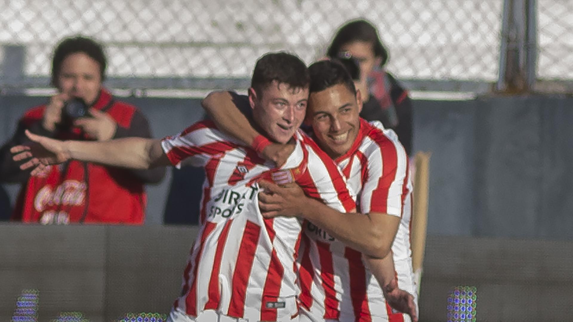 Matías Pellegrini festeja su gol contra Boca. Mañana se sumará al Sub 20 (Foto: NA)