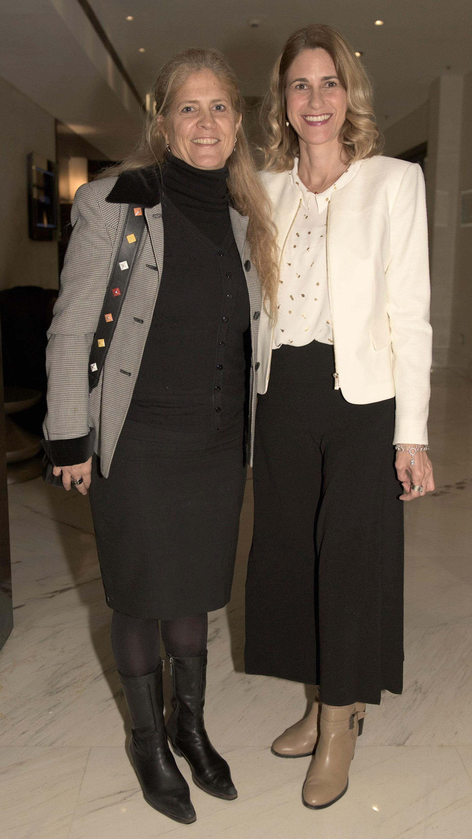 Vanesa Marola de Swatch y María Inés Margueirat de Village Cines.