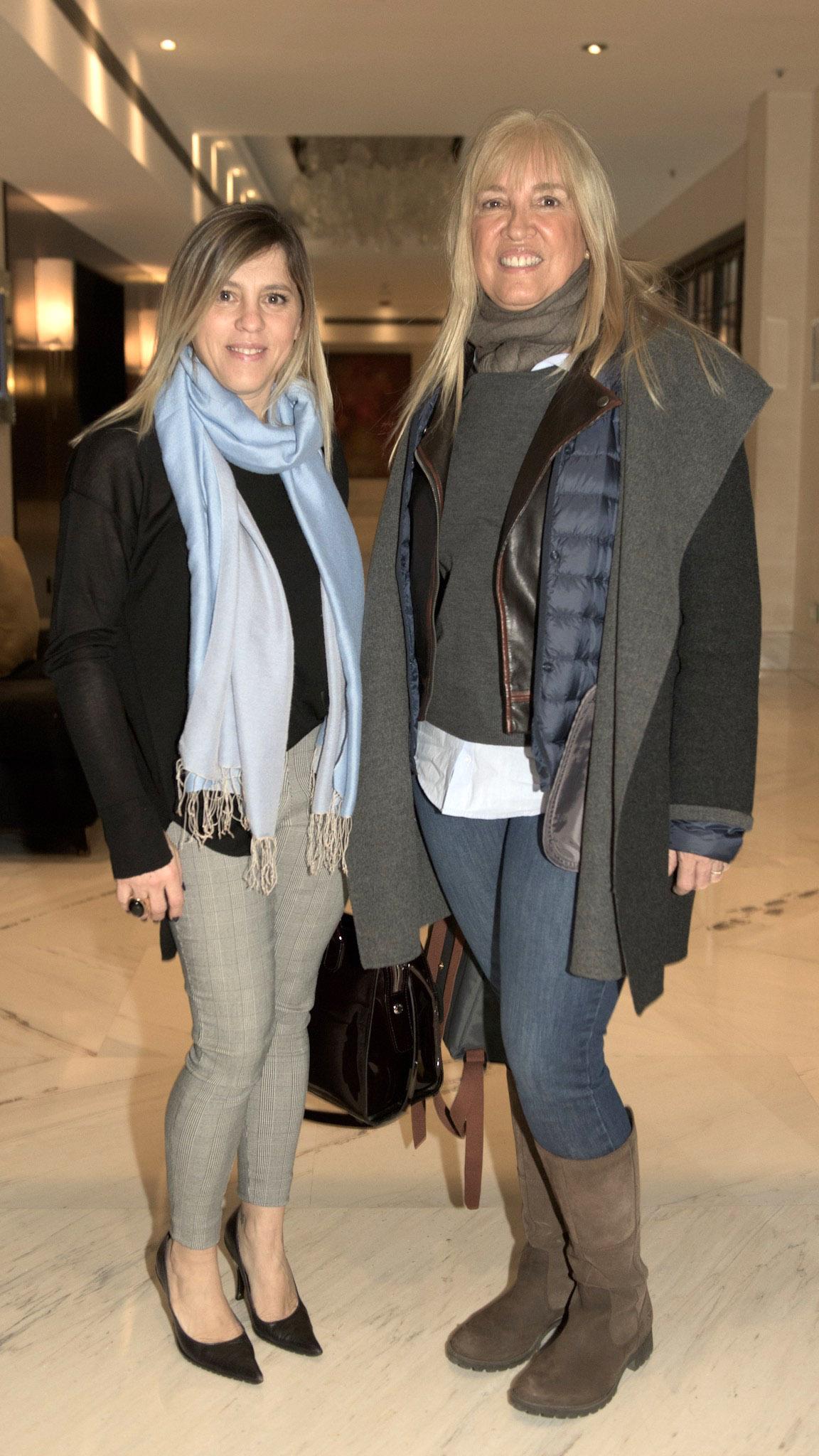 Paula Carbone de Infobae junto a Ana Gascón del Gobierno de la Ciudad de Buenos Aires.