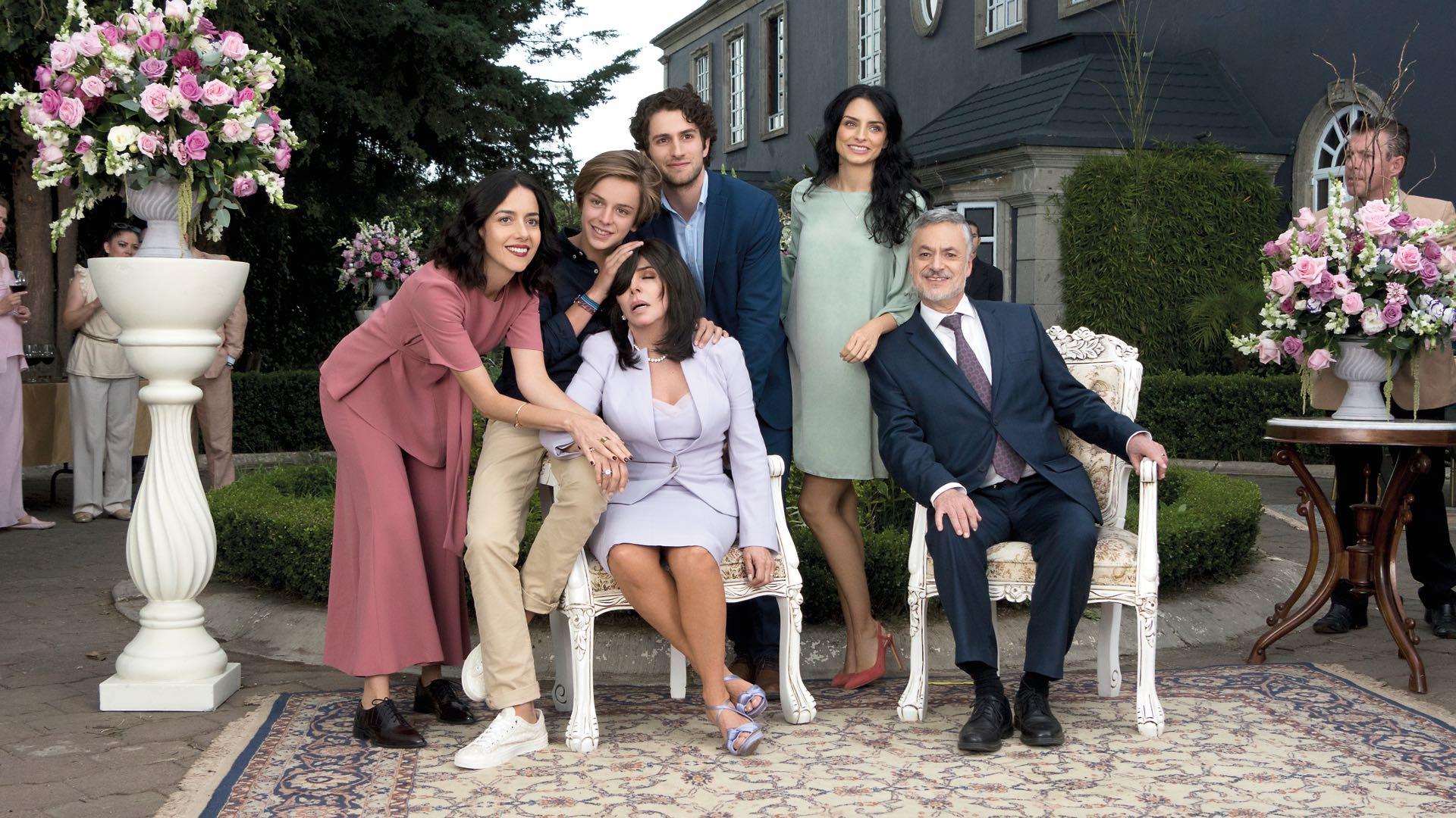Verónica Castro no aparecerá en la segunda temporada de La Casa De Las Flores (Foto: Archivo)