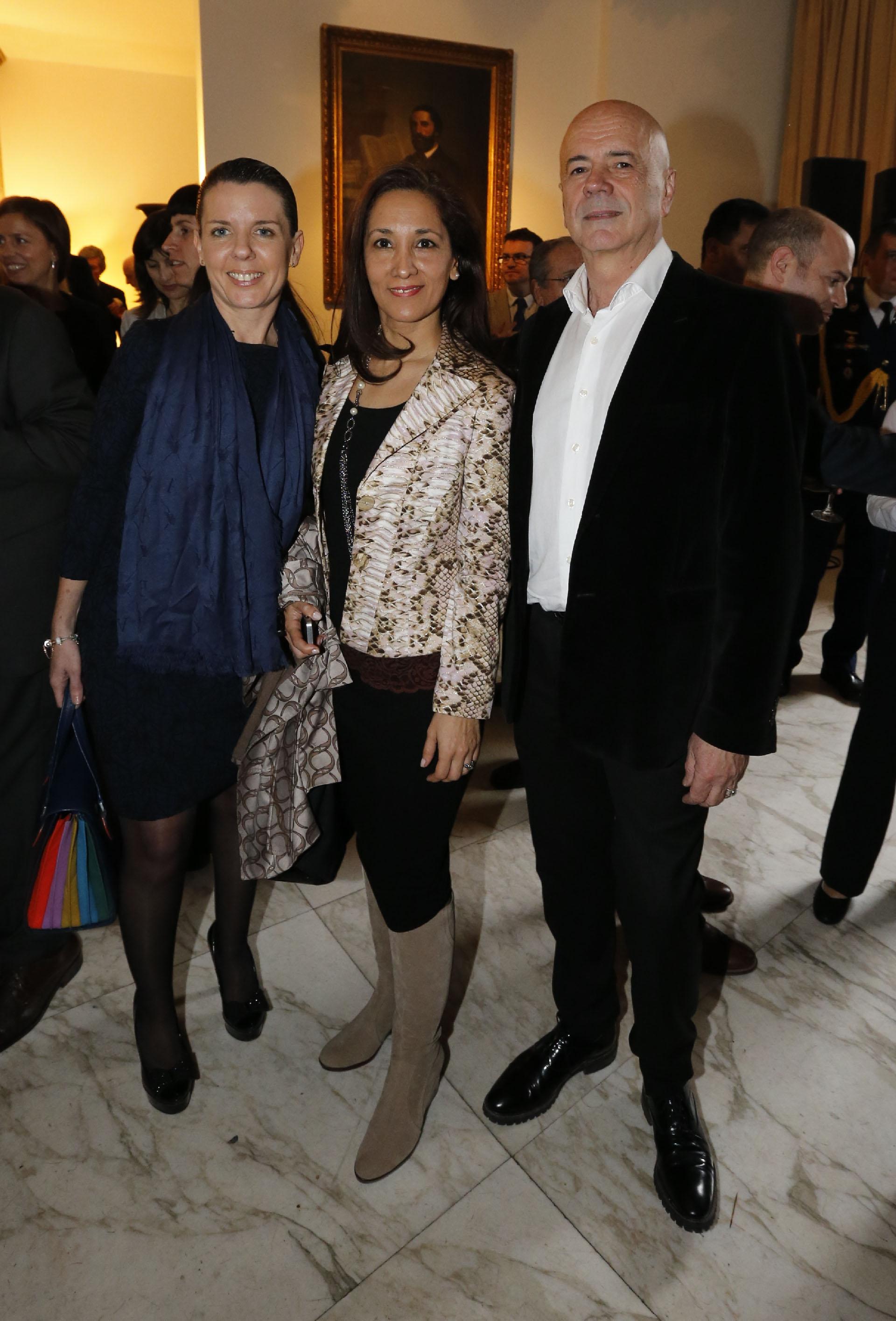 La concertista de bandoneón, Carla Algeri, y Jorge Telerman, director del Complejo Teatral de Buenos Aires