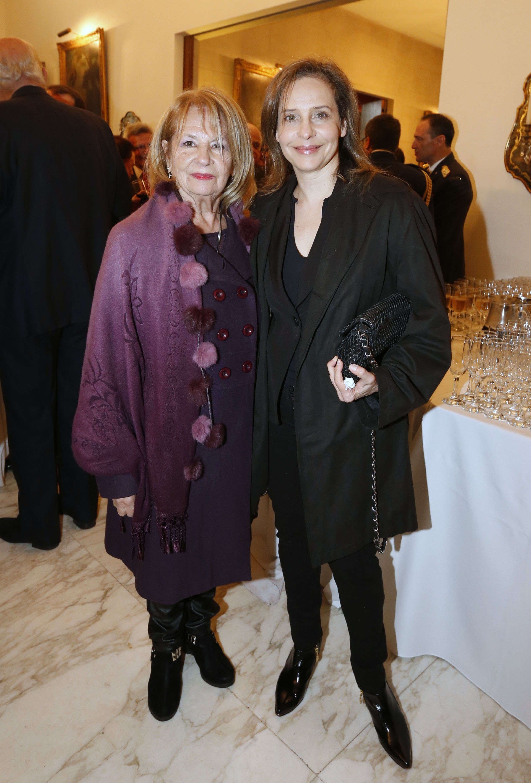 La actriz Gabriela Toscano y su madre