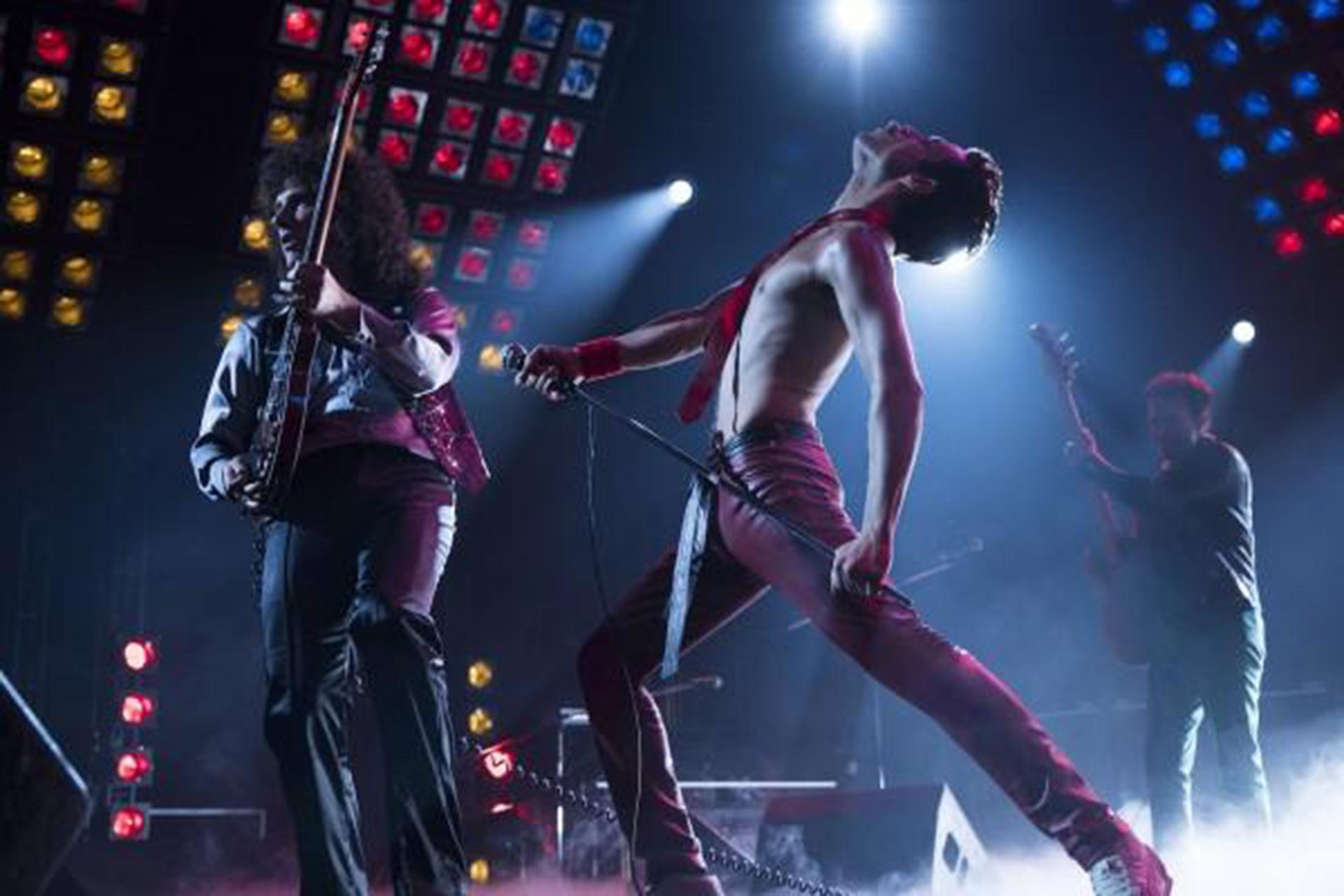 Rami Malek interpreta al vocalista de Queen