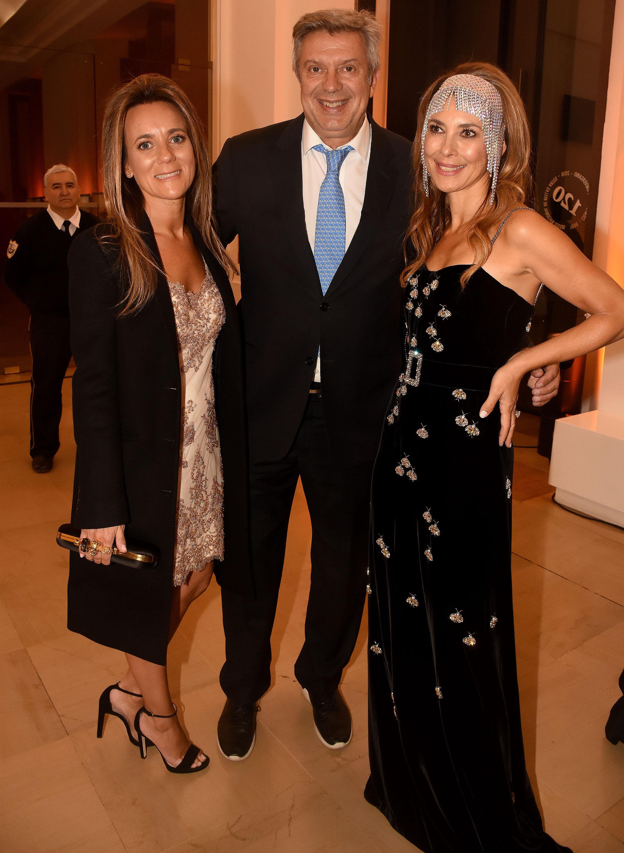 Mariana Gallego, Mauricio Dalessandro y Adriana Batan de Rocca
