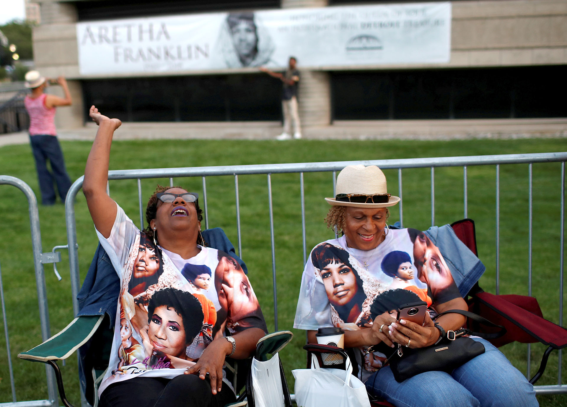Miles de personas llegaron desde todos los Estados Unidos hasta Detroit para despedirse de la reina del soul